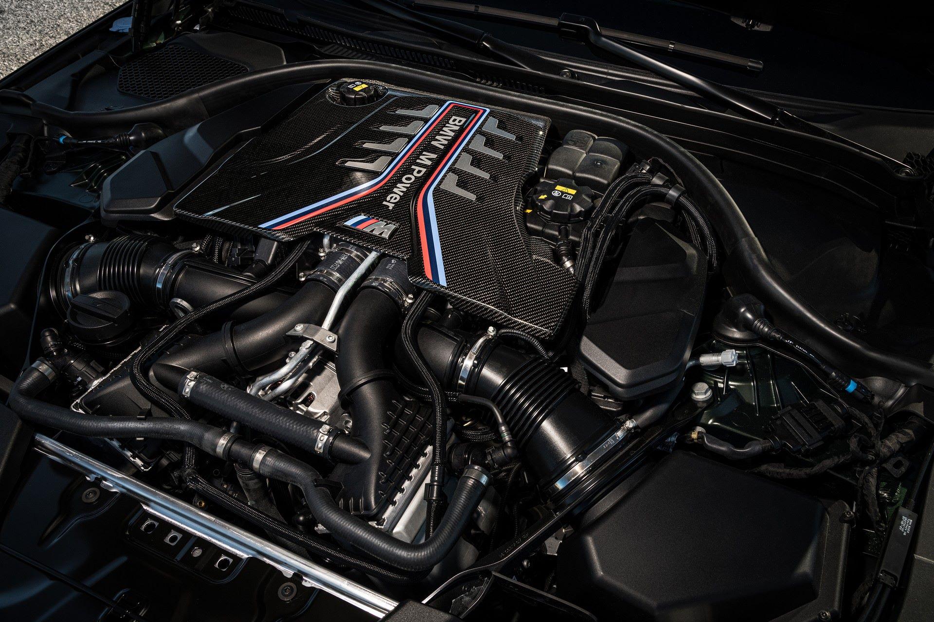 2022-BMW-M5-CS-95