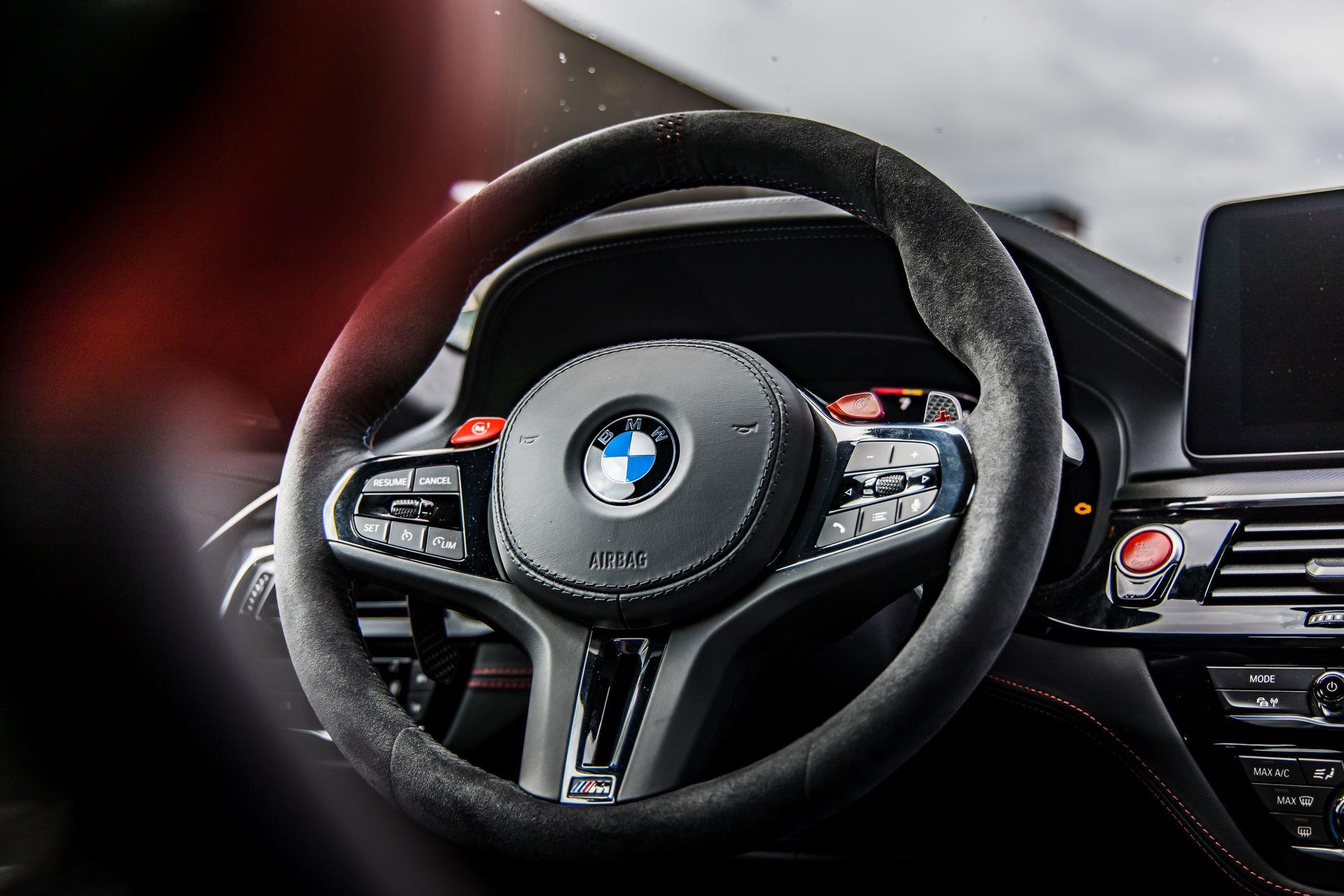 BMW-M5-CS-Moto-GP-12