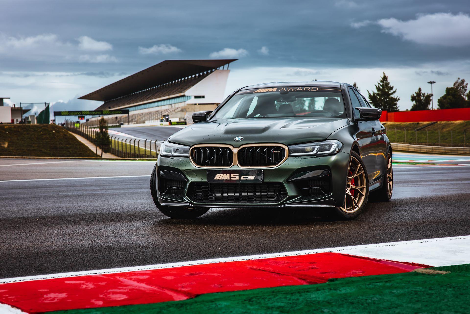 BMW-M5-CS-Moto-GP-18