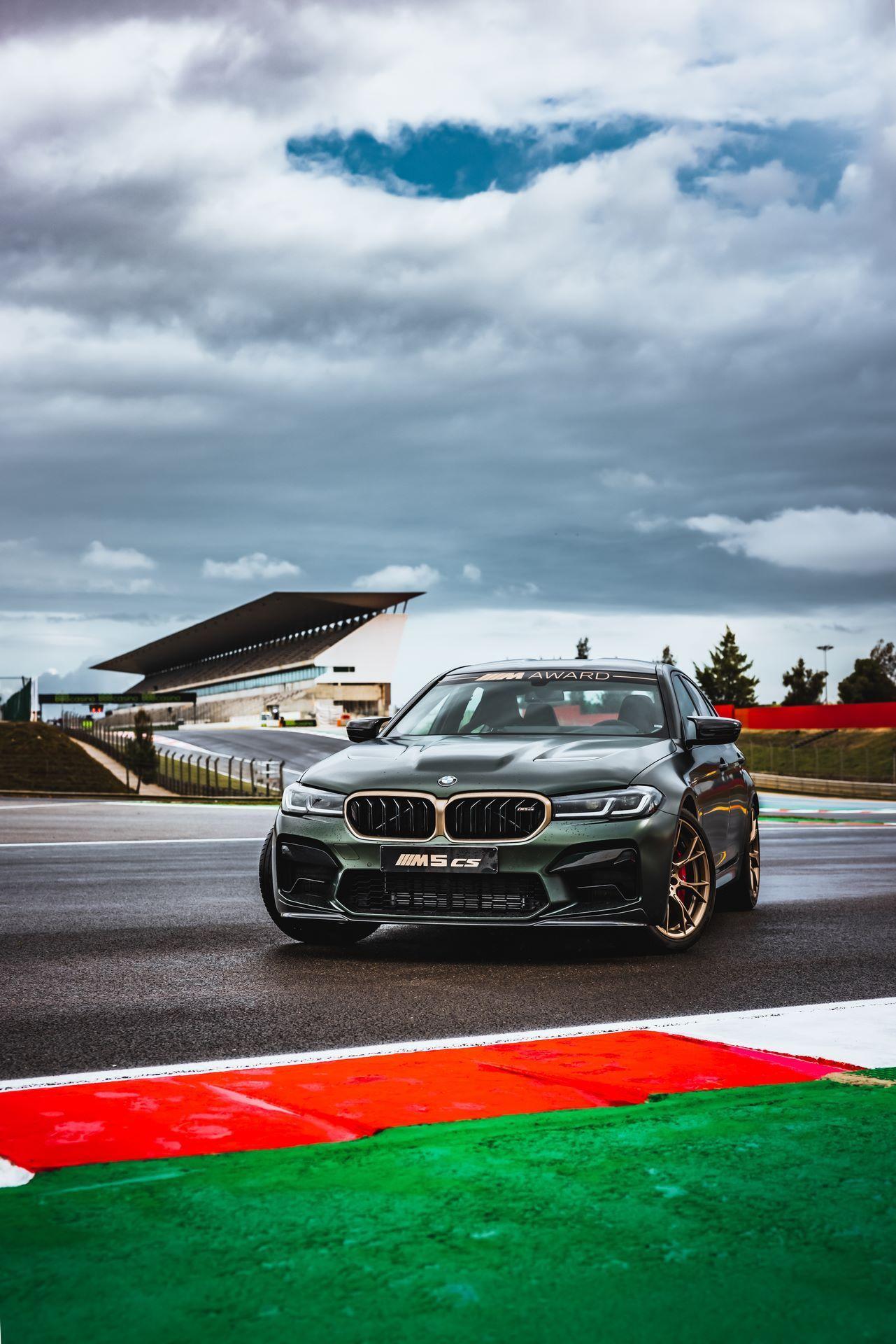 BMW-M5-CS-Moto-GP-19
