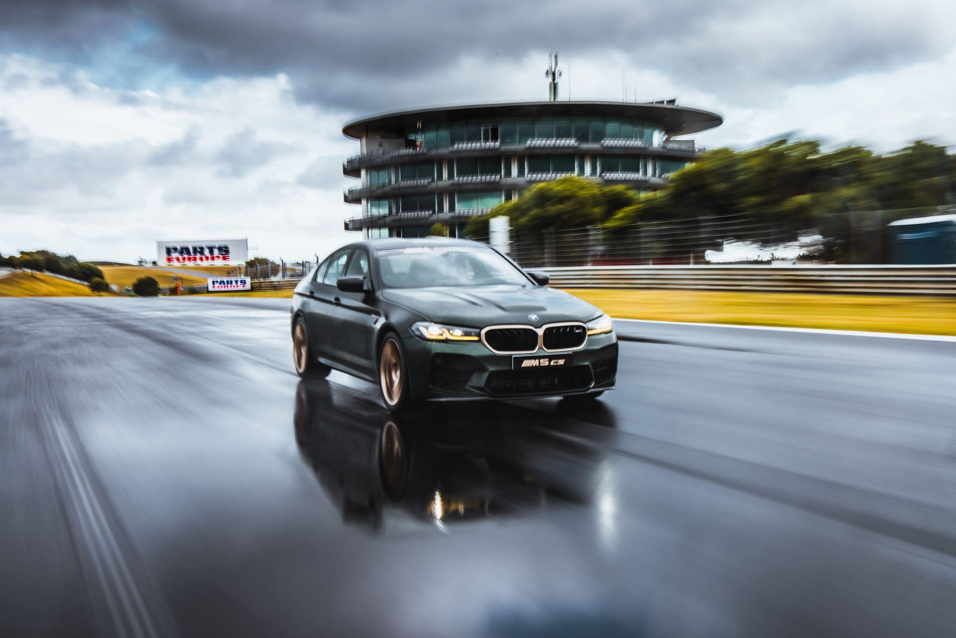 BMW-M5-CS-Moto-GP-6