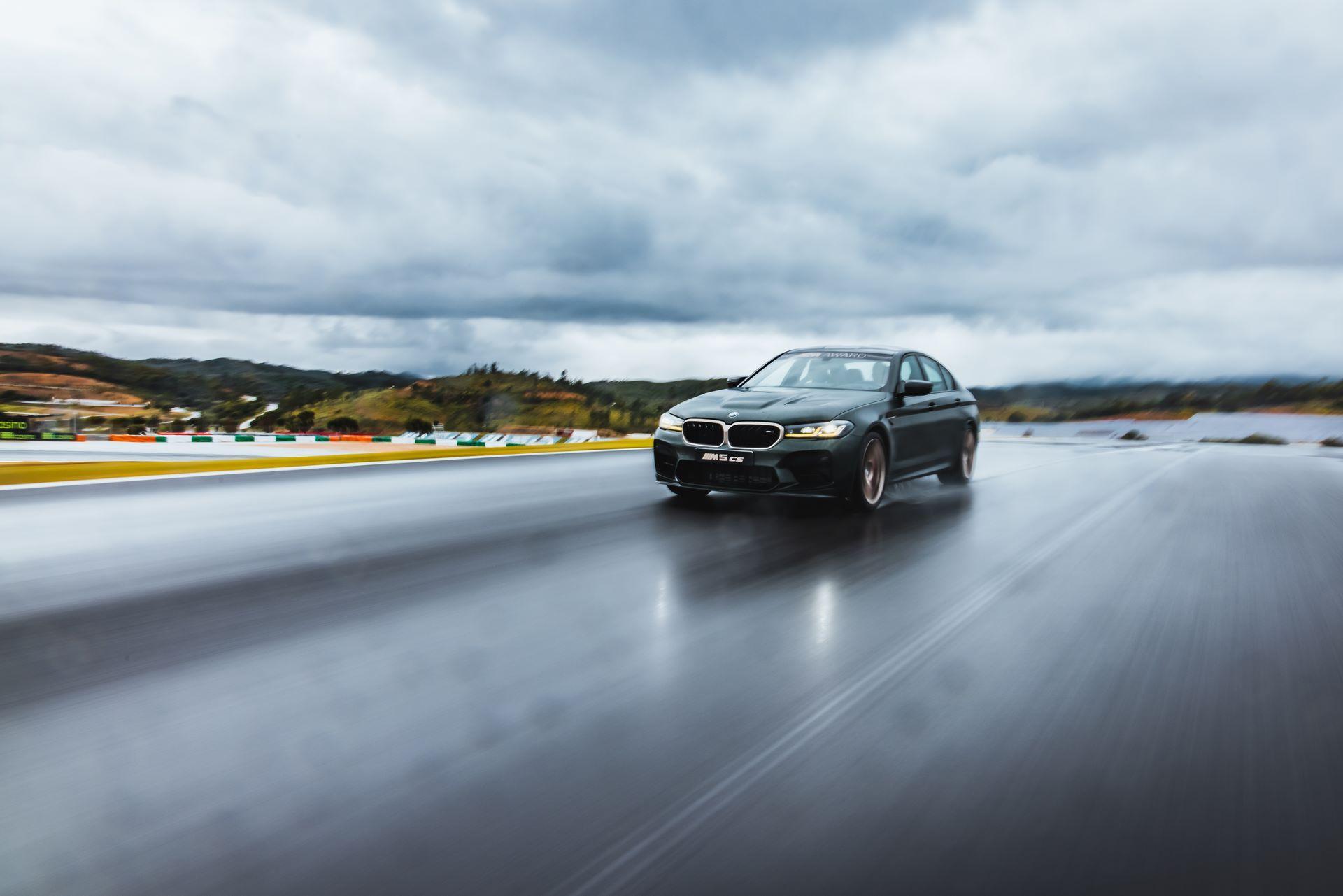 BMW-M5-CS-Moto-GP-7