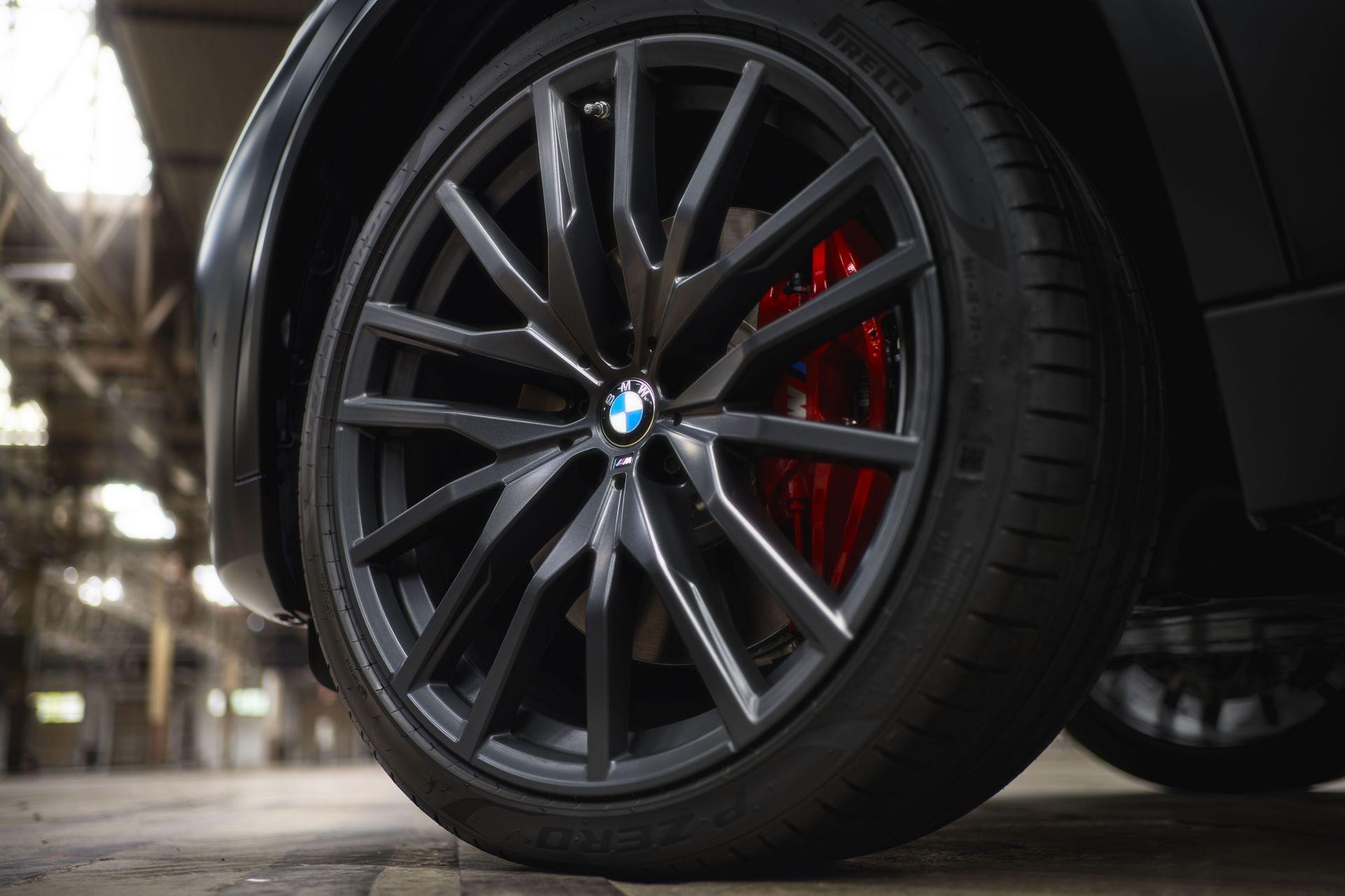 BMW-X5-Χ6-Black-Vermilion-X7-Limited-Edition-14