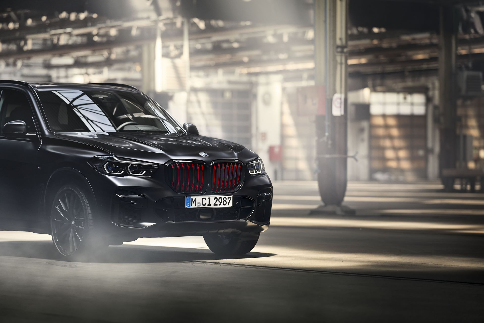 BMW-X5-Χ6-Black-Vermilion-X7-Limited-Edition-8