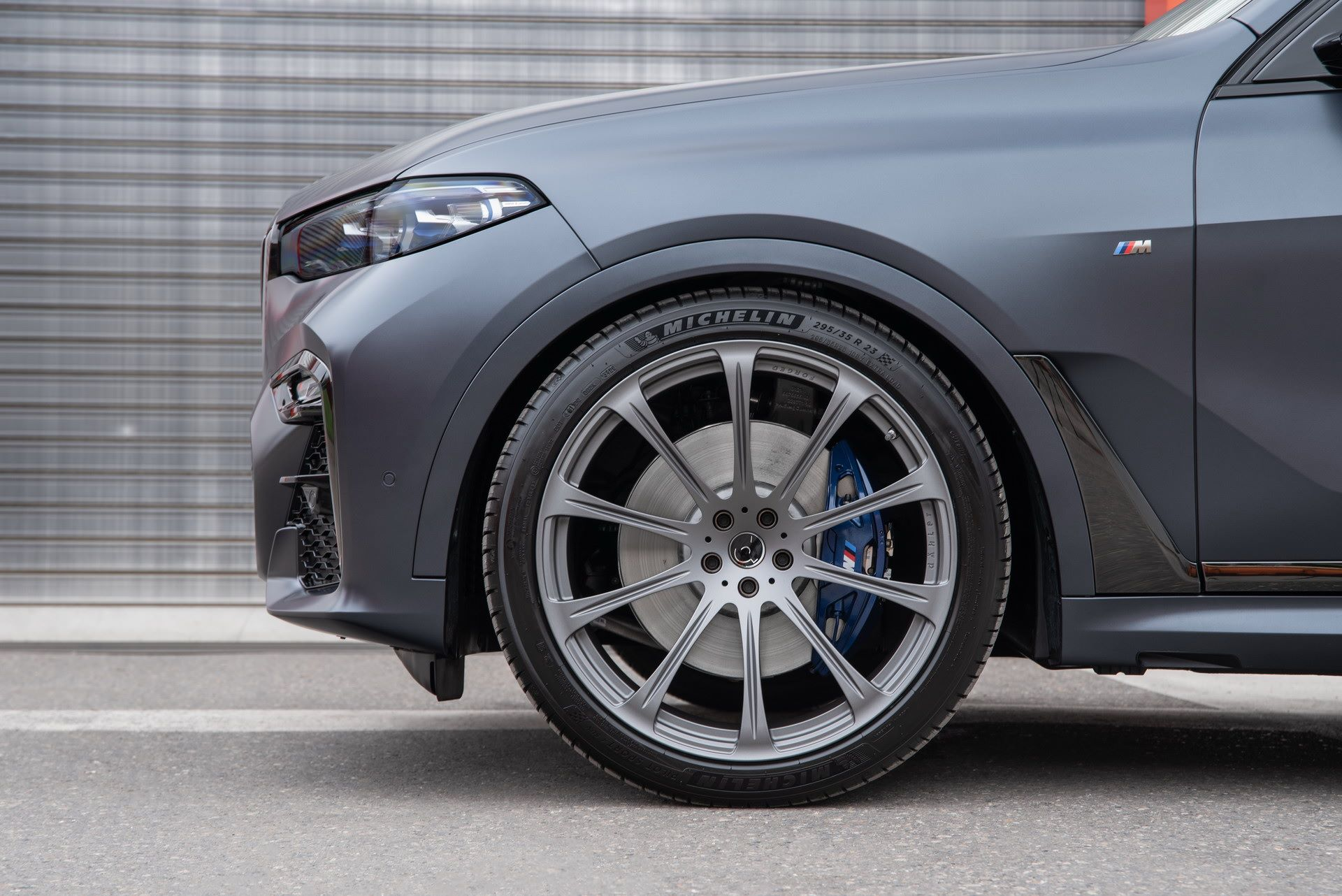 BMW-X7-by-Dahler-11