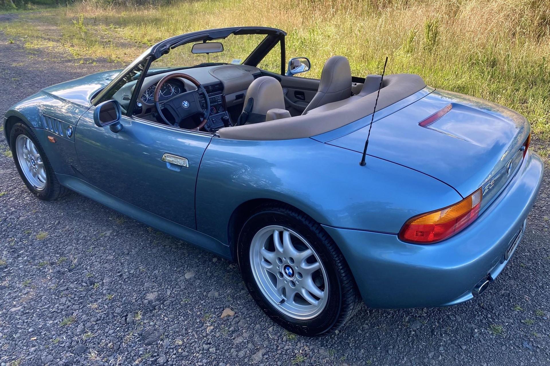 1996_BMW_Z3_James_Bond_Edition_sale-0001