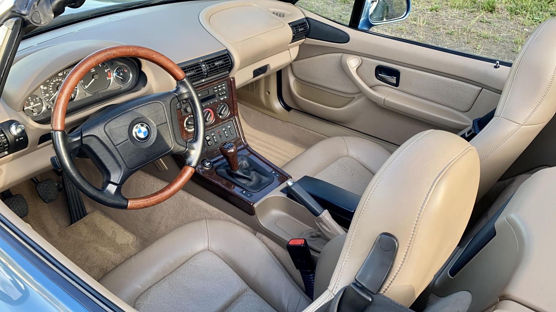 1996_BMW_Z3_James_Bond_Edition_sale-0004