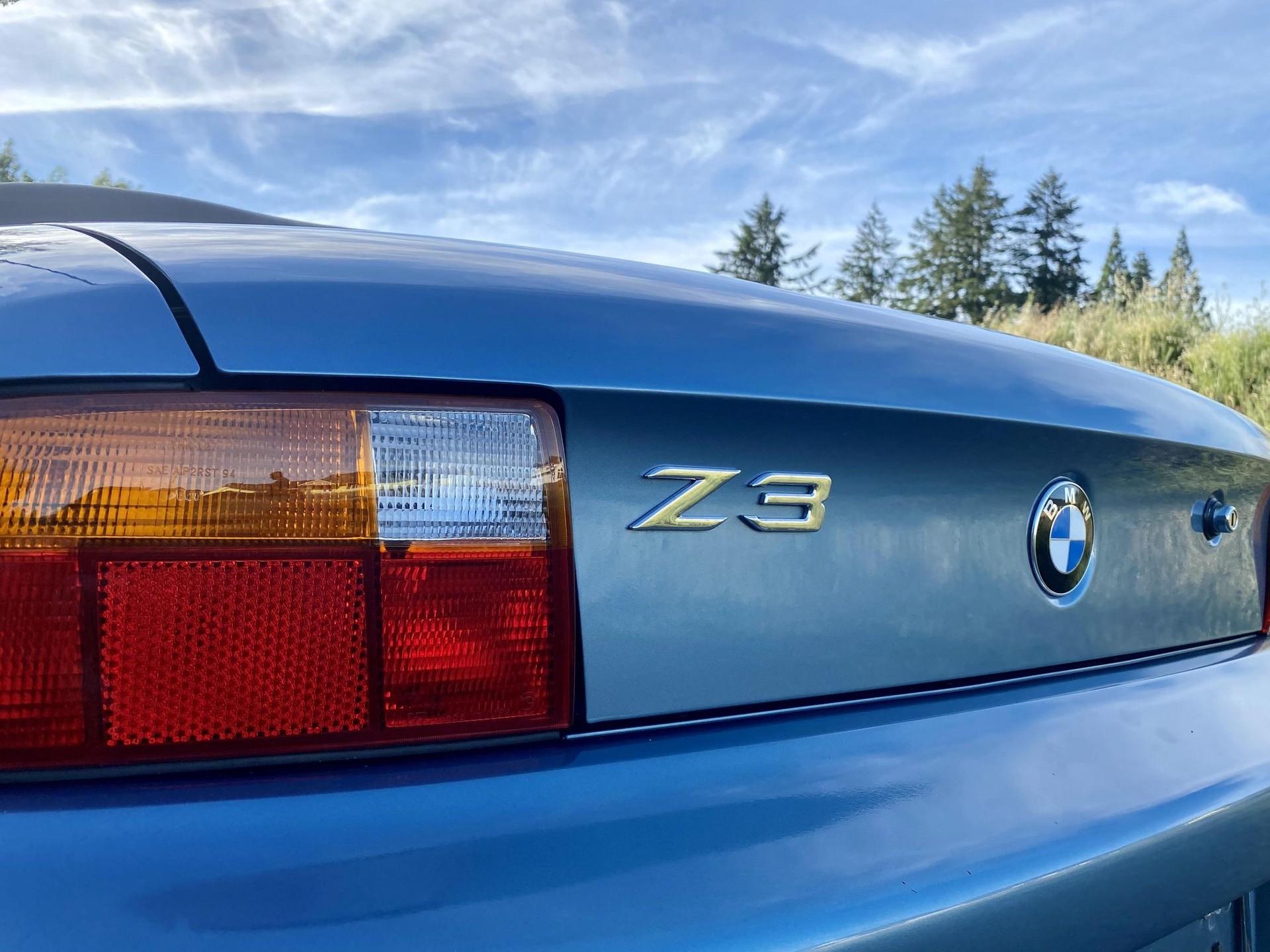 1996_BMW_Z3_James_Bond_Edition_sale-0011