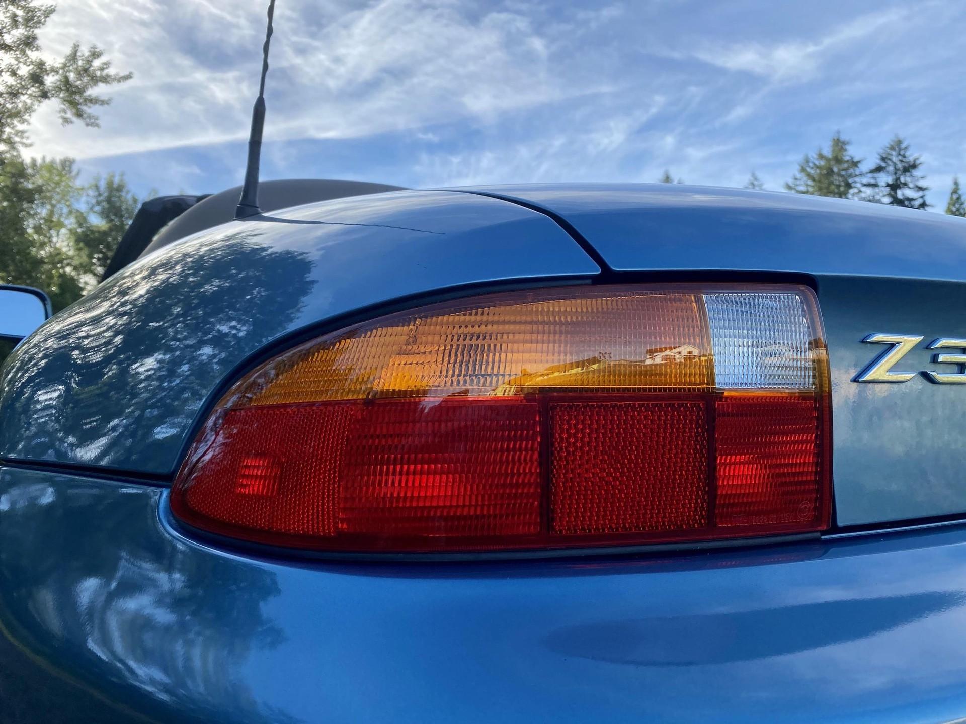 1996_BMW_Z3_James_Bond_Edition_sale-0017