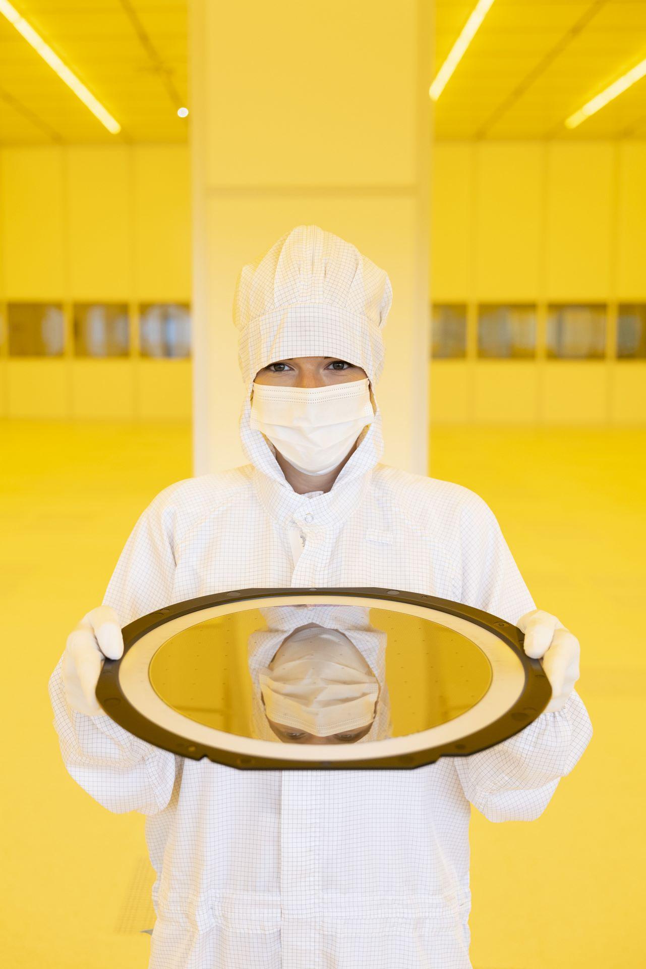 Bosch-chip-factory-Dresden-12