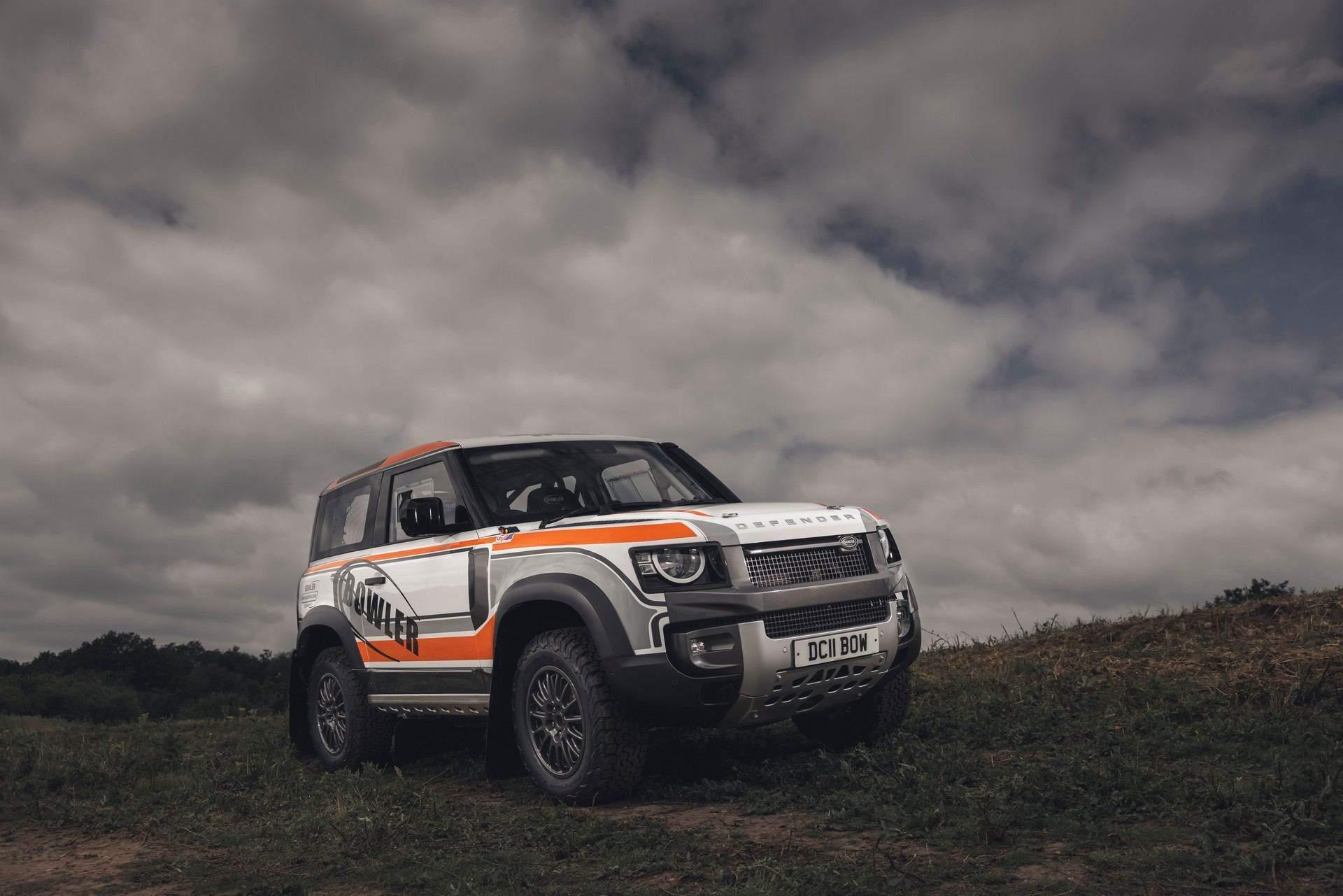 Bowler-Land-Rover-Defender-Challenge-Rally-Car-1
