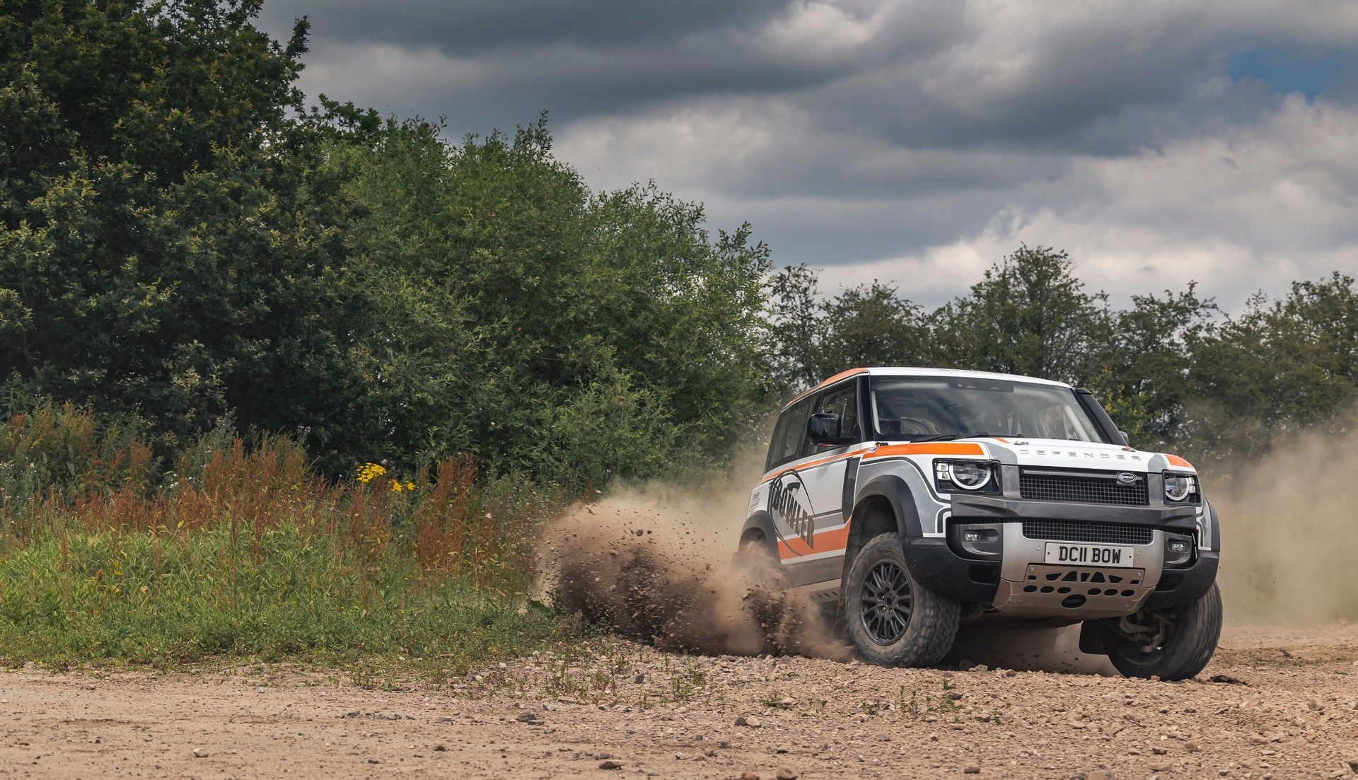 Bowler-Land-Rover-Defender-Challenge-Rally-Car-17