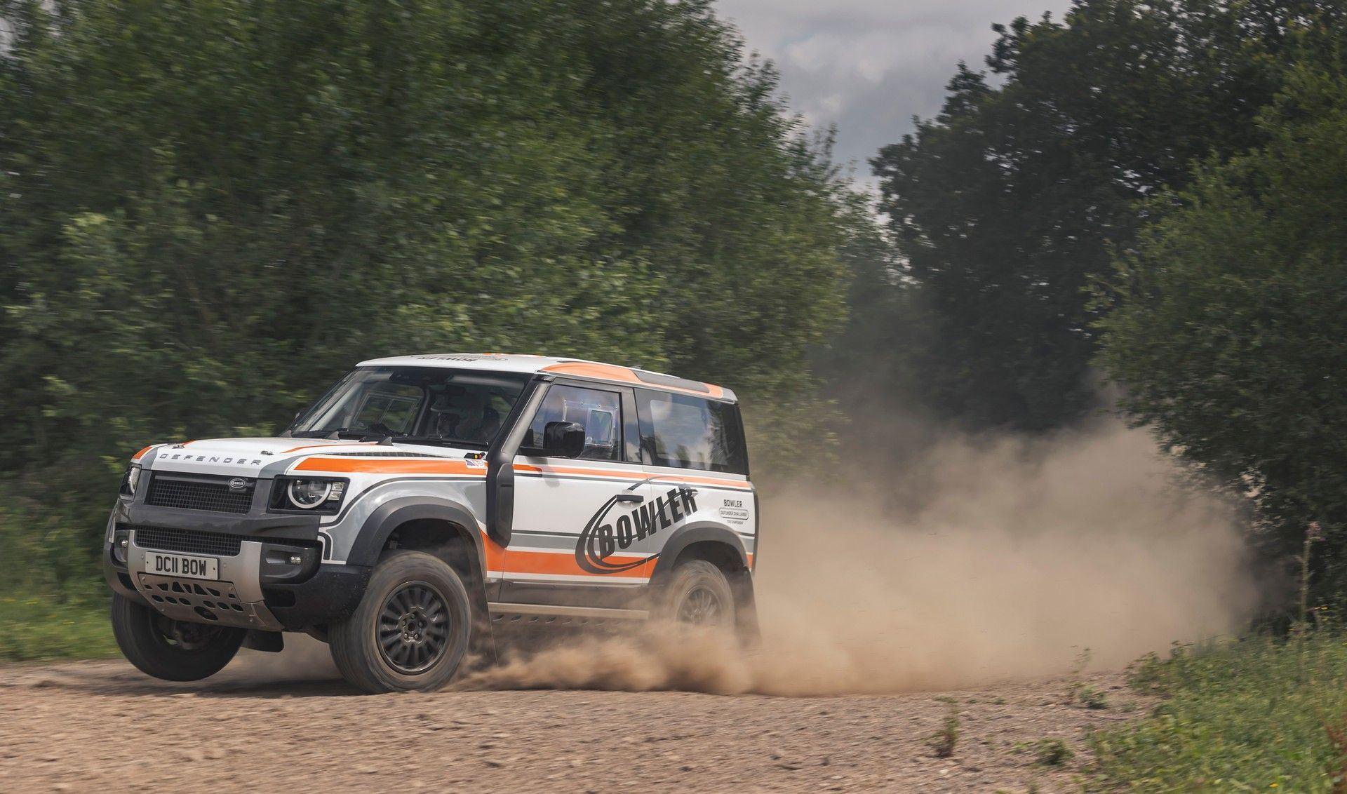 Bowler-Land-Rover-Defender-Challenge-Rally-Car-21