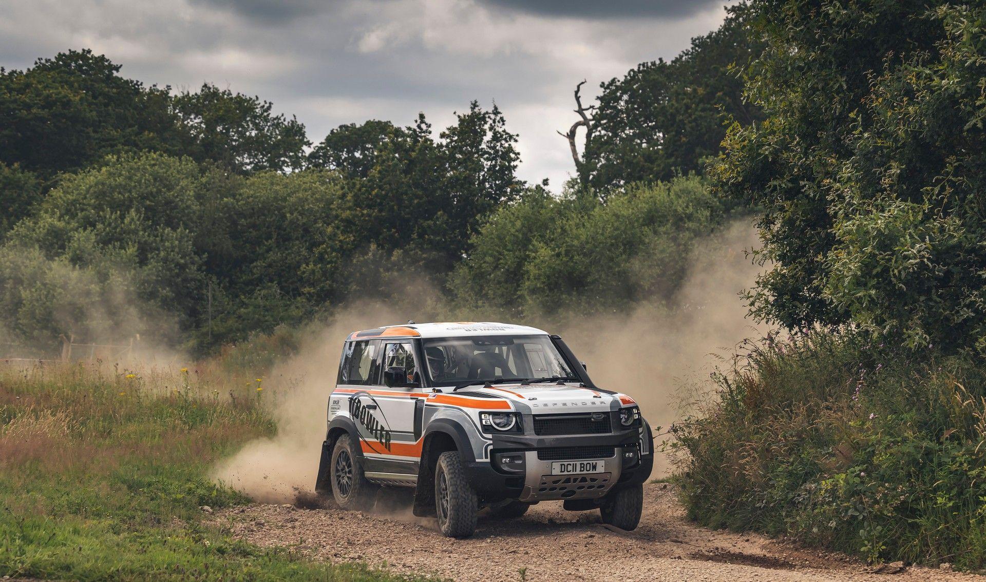 Bowler-Land-Rover-Defender-Challenge-Rally-Car-24