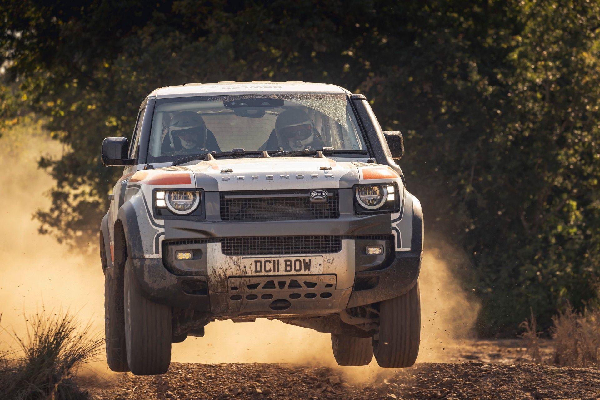 Bowler-Land-Rover-Defender-Challenge-Rally-Car-27