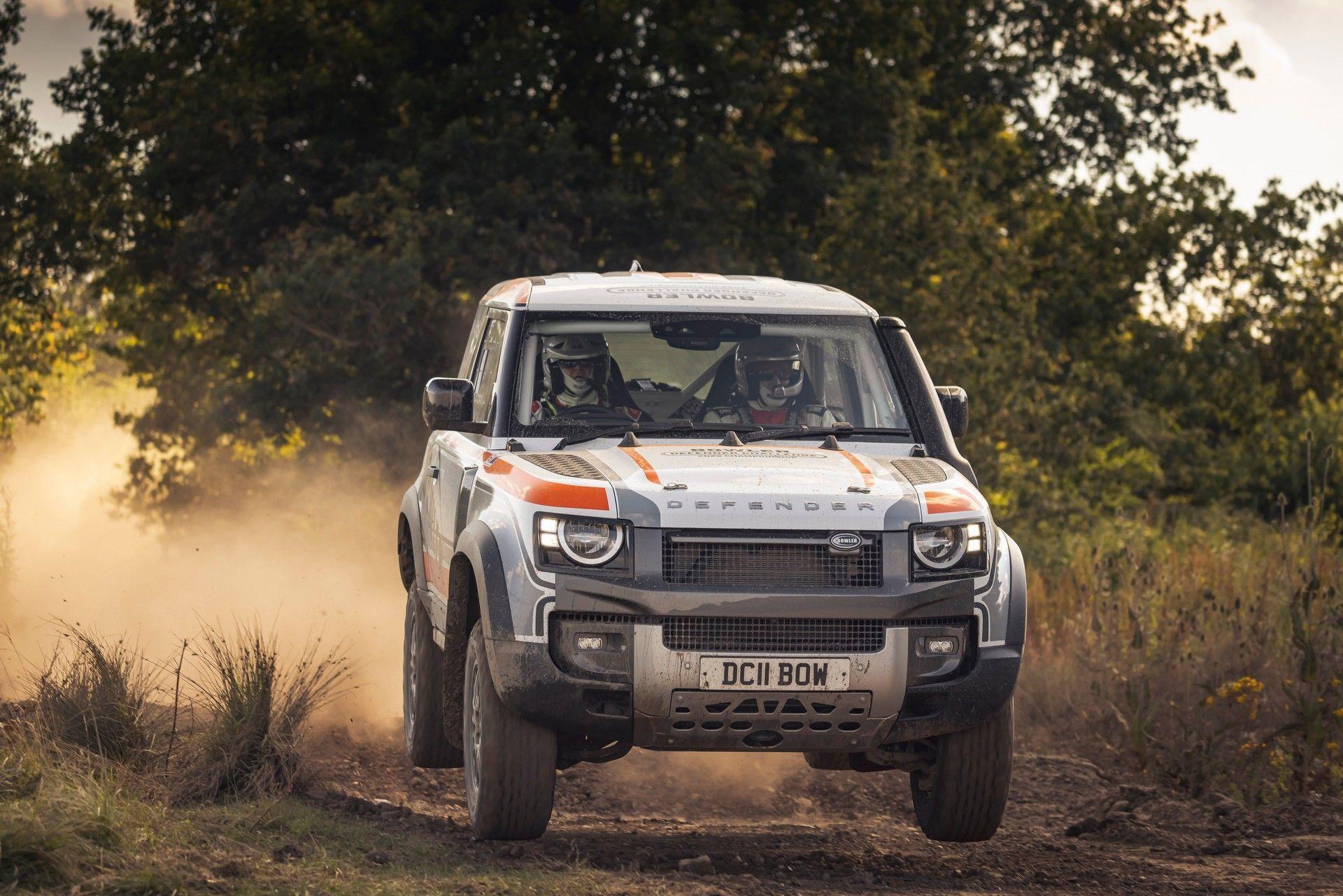 Bowler-Land-Rover-Defender-Challenge-Rally-Car-28