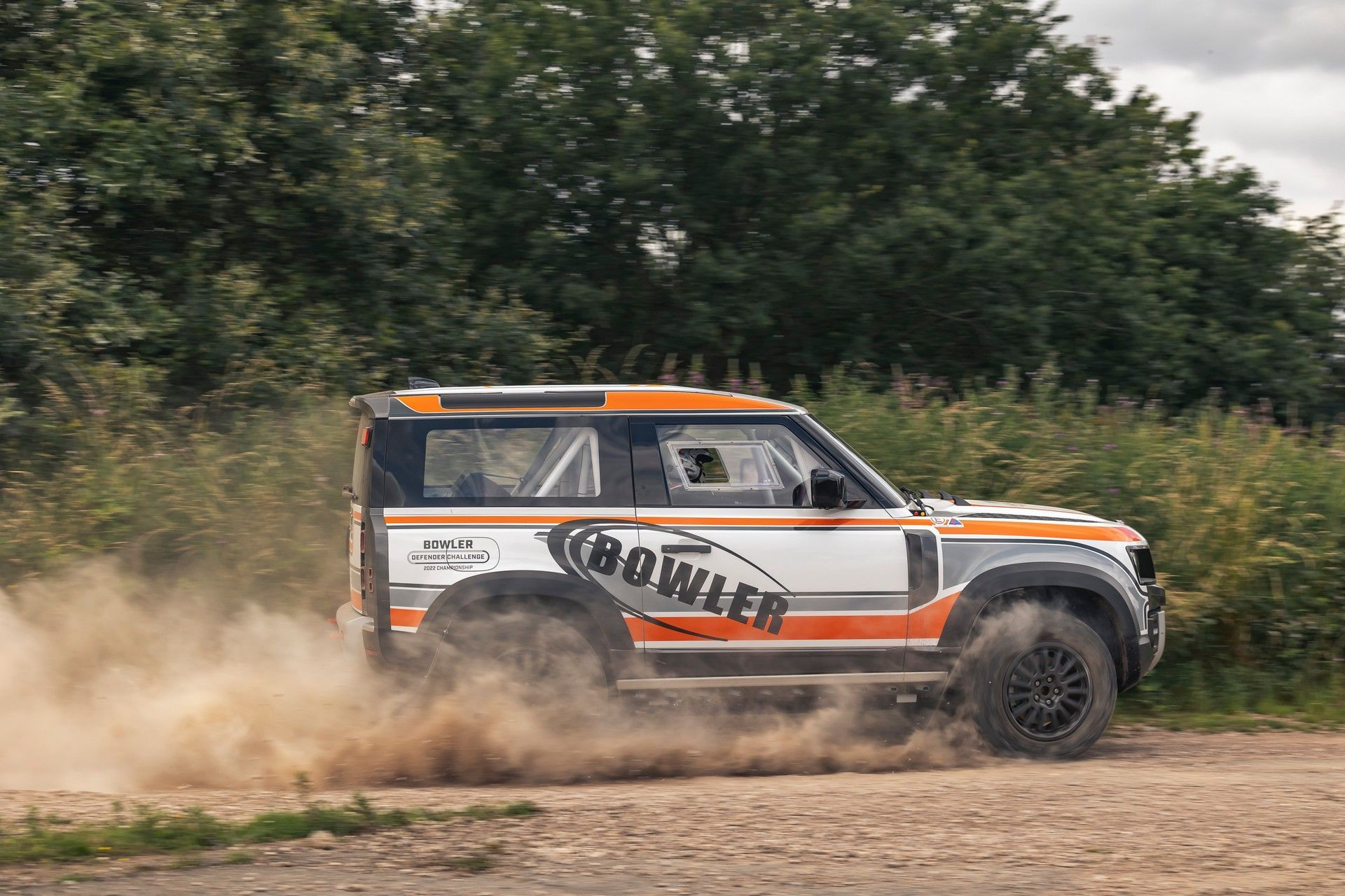 Bowler-Land-Rover-Defender-Challenge-Rally-Car-29