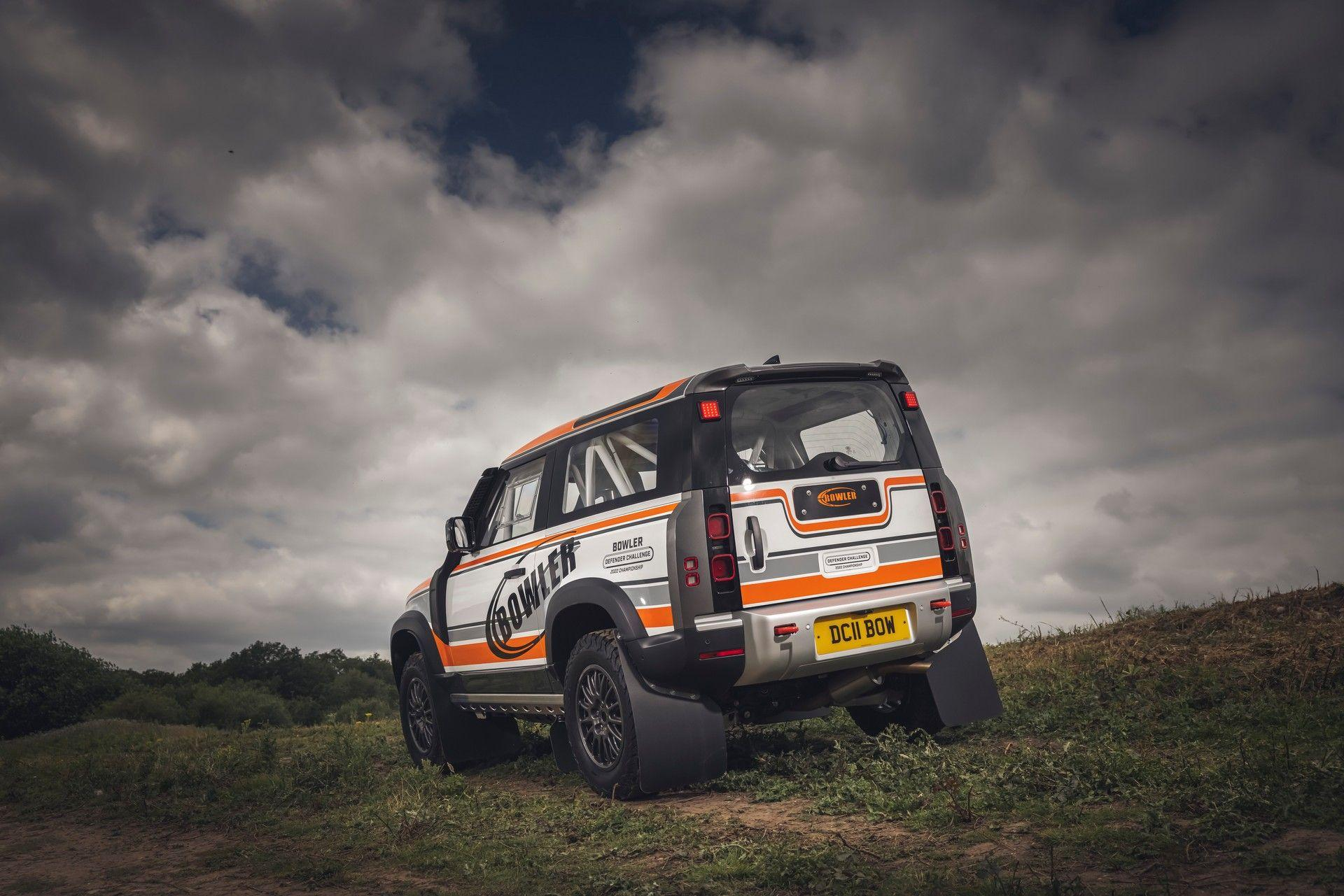 Bowler-Land-Rover-Defender-Challenge-Rally-Car-3