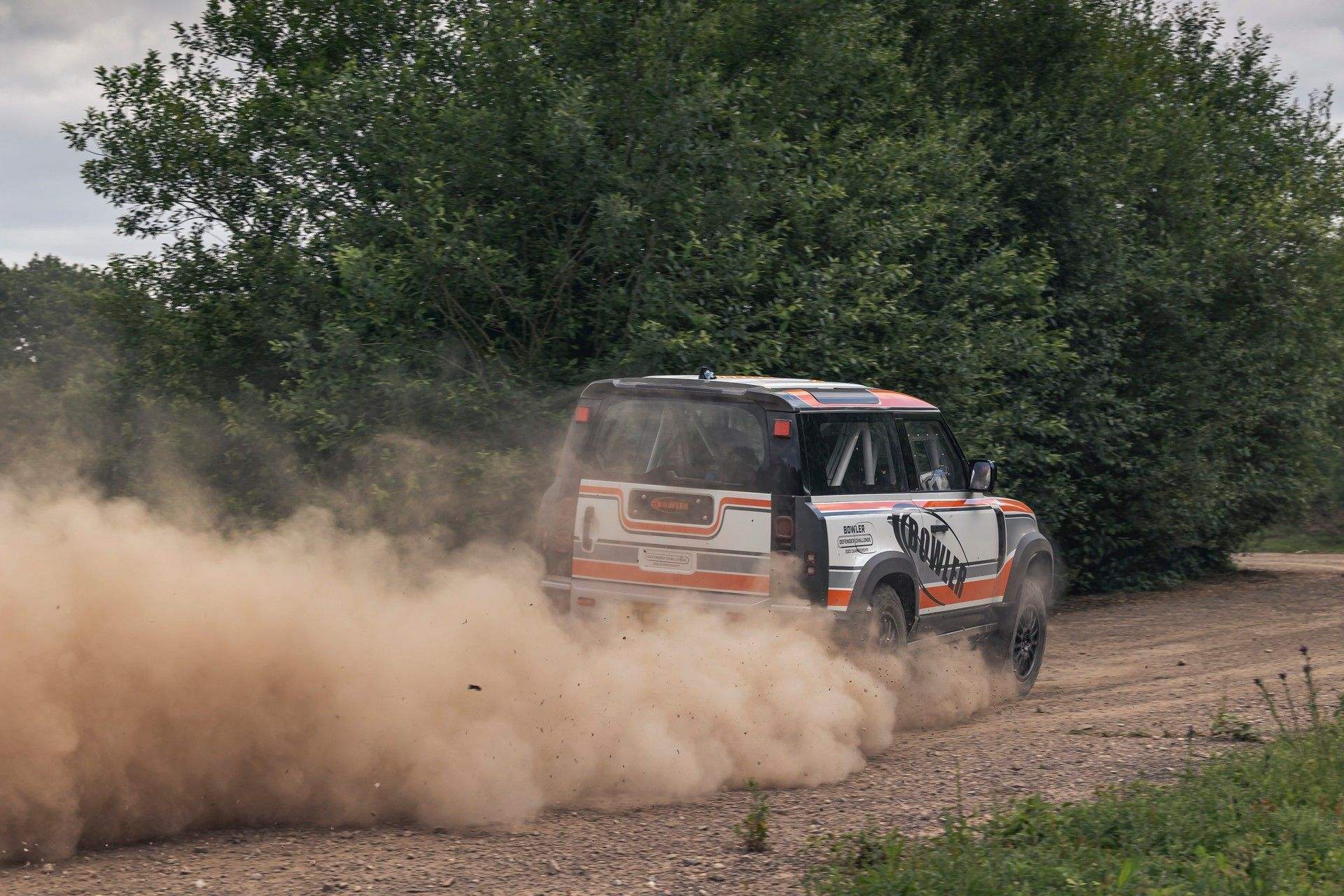 Bowler-Land-Rover-Defender-Challenge-Rally-Car-30