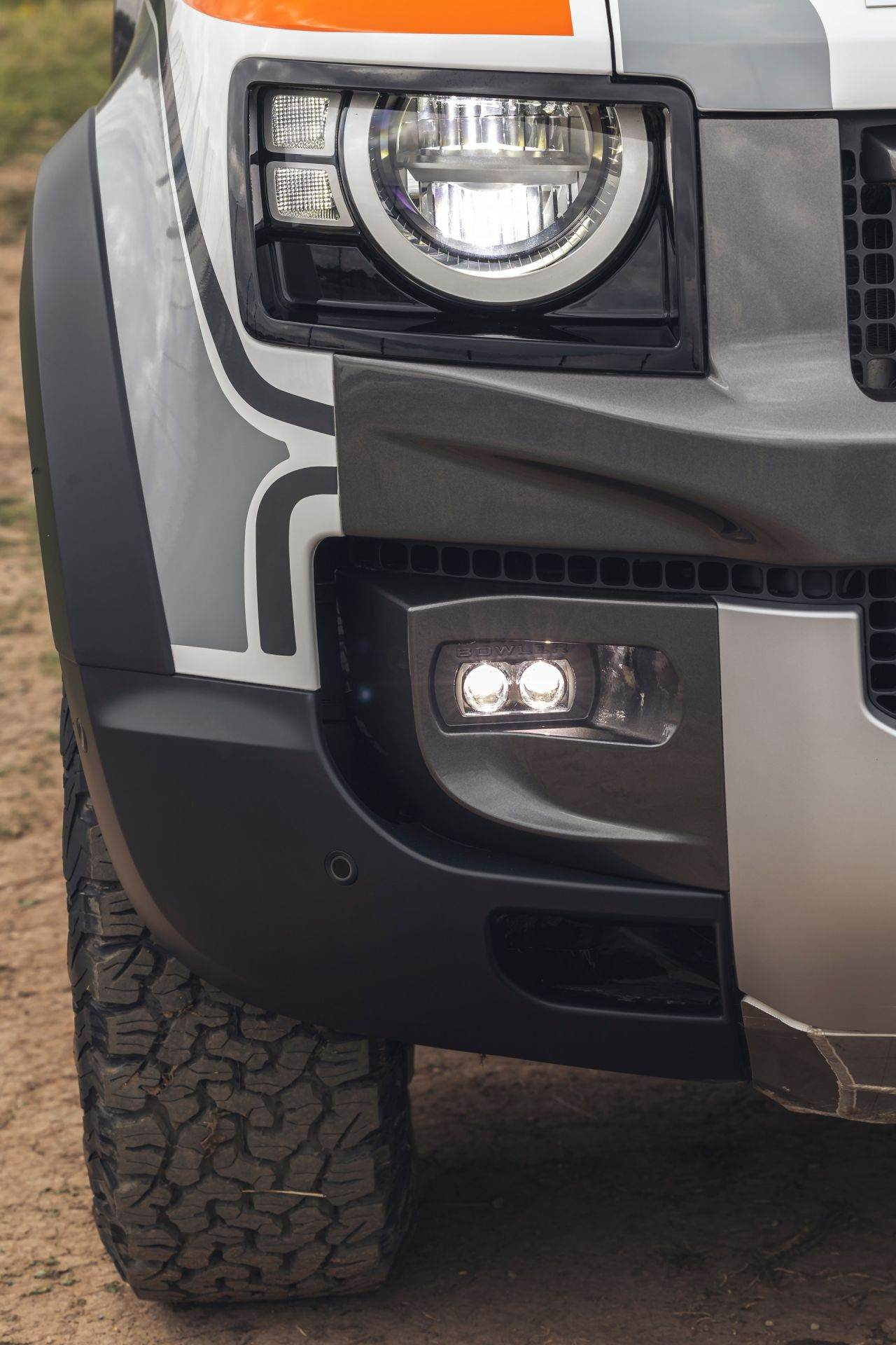 Bowler-Land-Rover-Defender-Challenge-Rally-Car-32