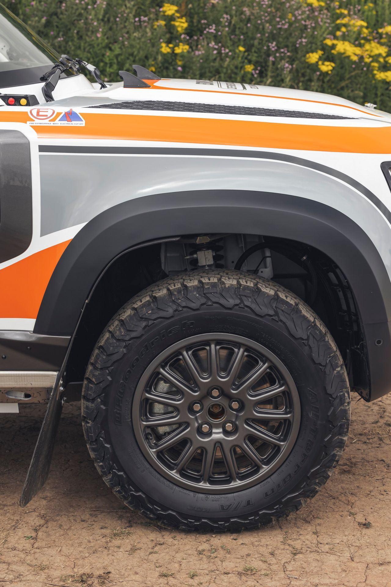 Bowler-Land-Rover-Defender-Challenge-Rally-Car-35