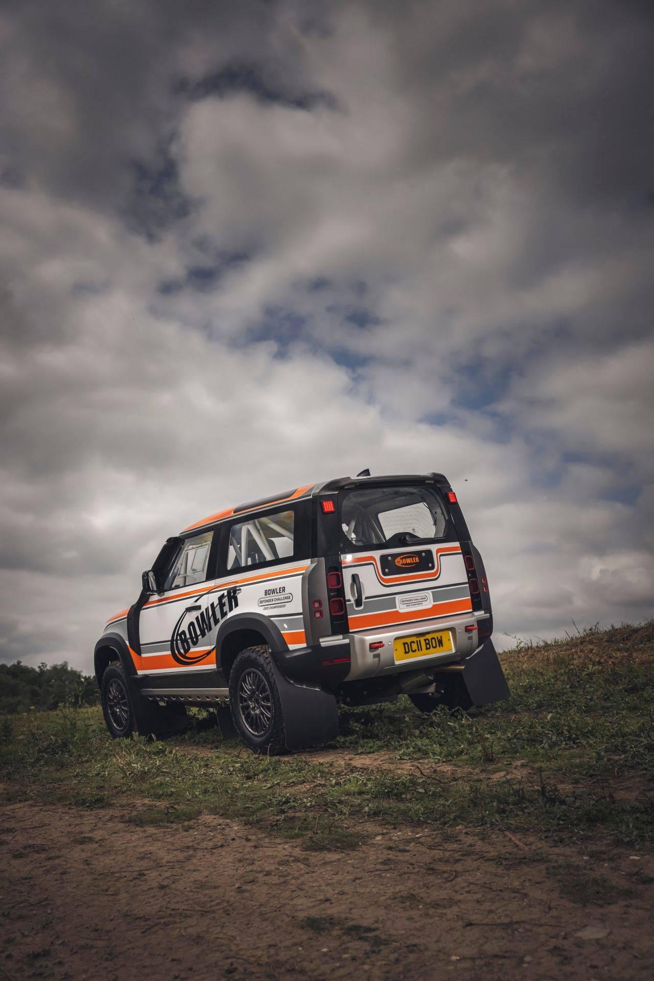 Bowler-Land-Rover-Defender-Challenge-Rally-Car-4