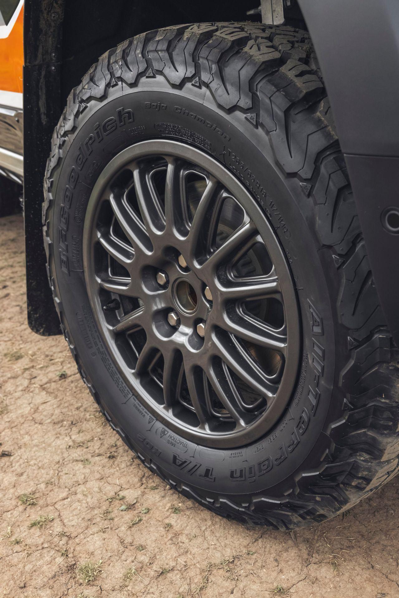Bowler-Land-Rover-Defender-Challenge-Rally-Car-49