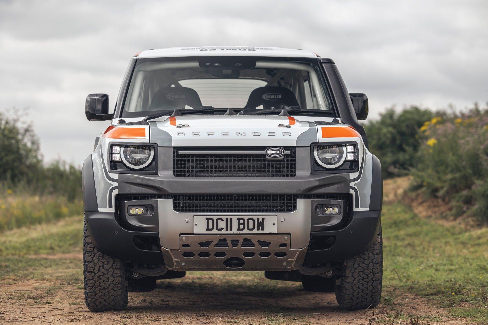 Bowler-Land-Rover-Defender-Challenge-Rally-Car-8