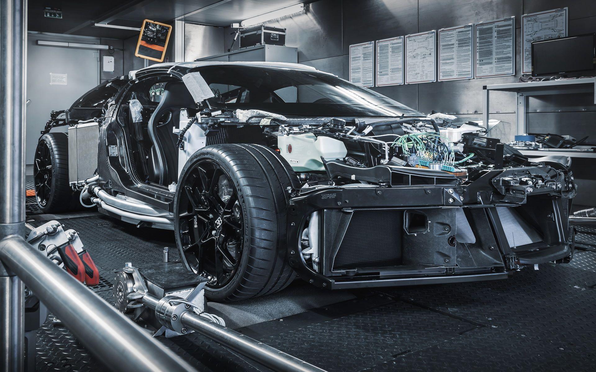 Bugatti-Centodieci-prototype-1