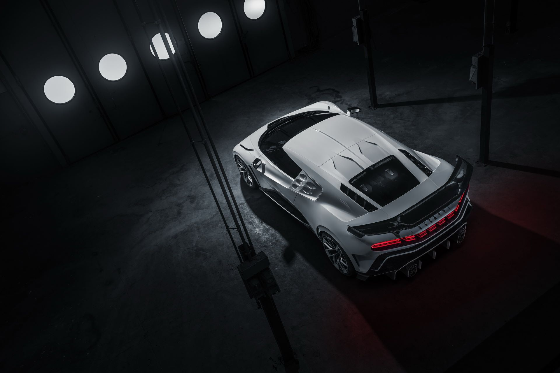 Bugatti-Centodieci-prototype-11