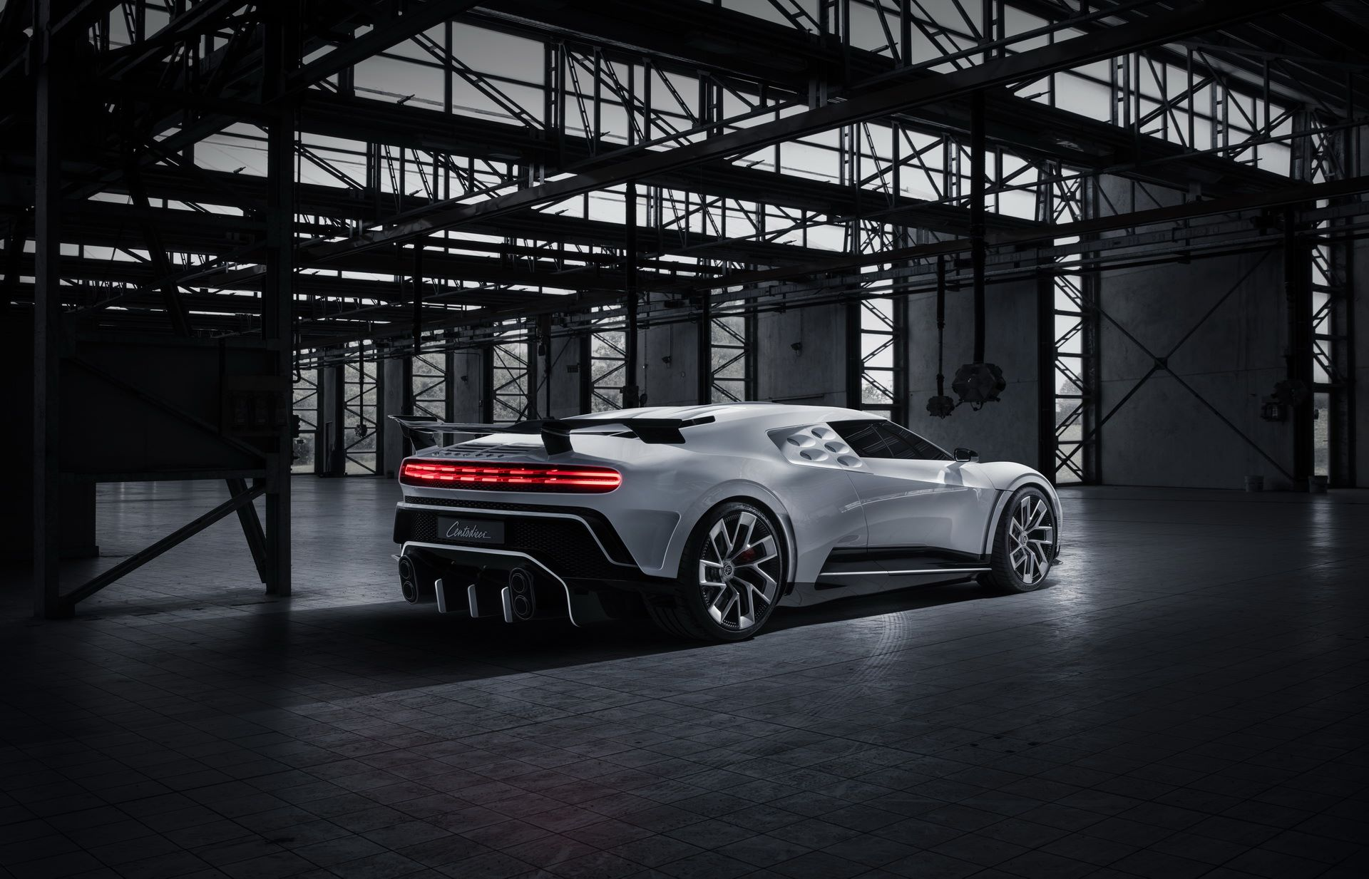 Bugatti-Centodieci-prototype-12
