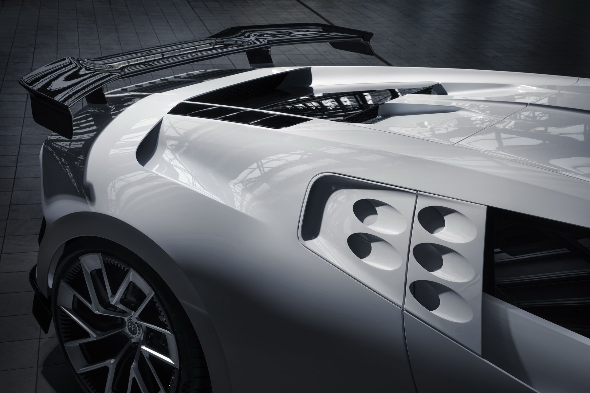 Bugatti-Centodieci-prototype-13