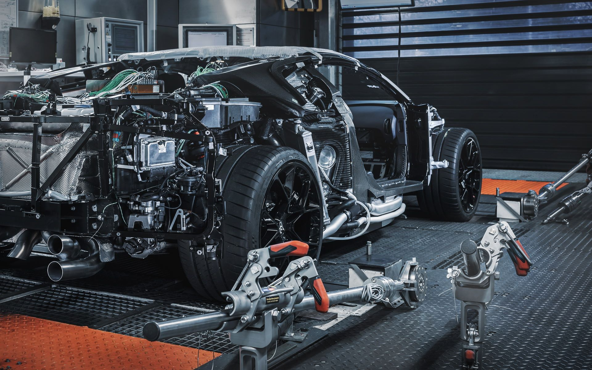 Bugatti-Centodieci-prototype-2
