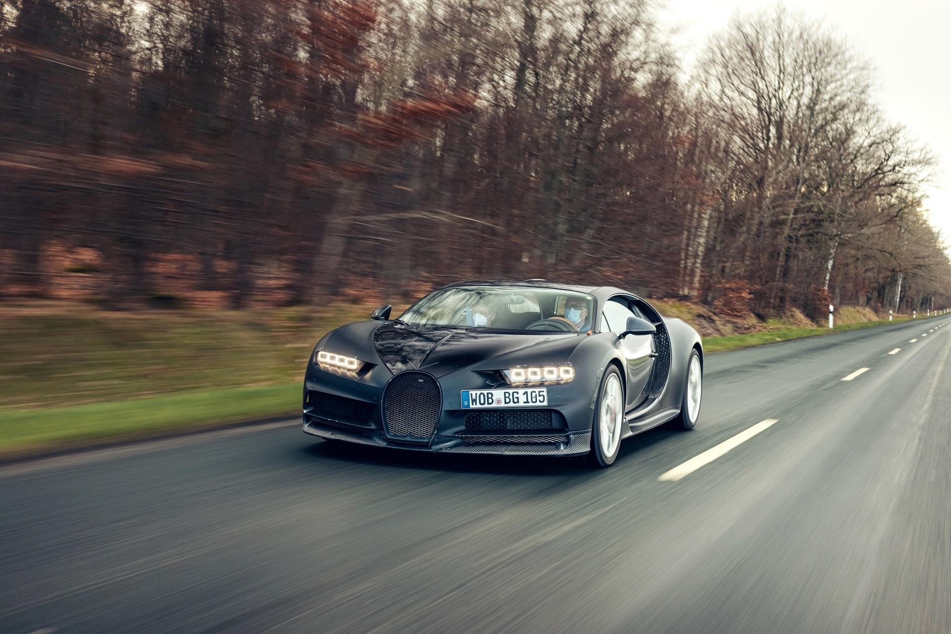 Bugatti_Chiron_Prototype_4-005-0000