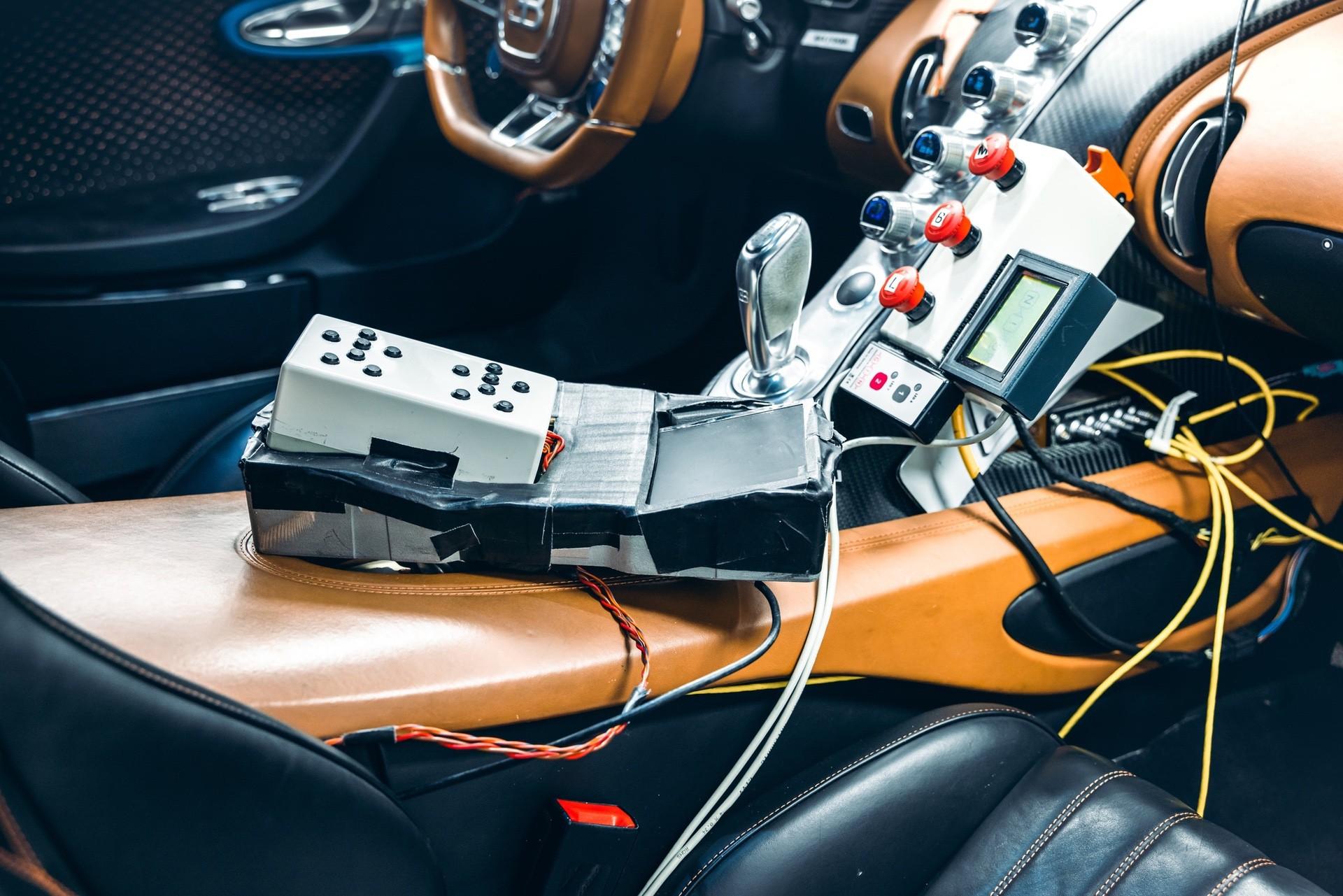 Bugatti_Chiron_Prototype_4-005-0008