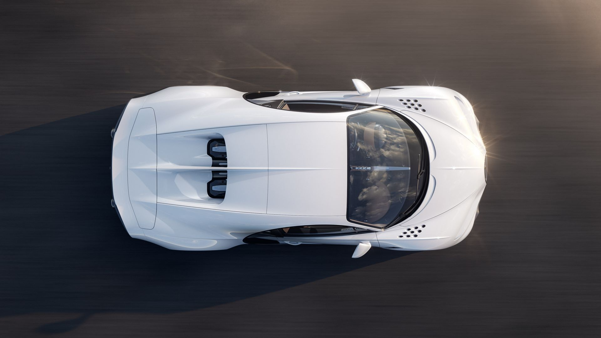 02_10_bugatti_chiron_super_sport_high_speed_top
