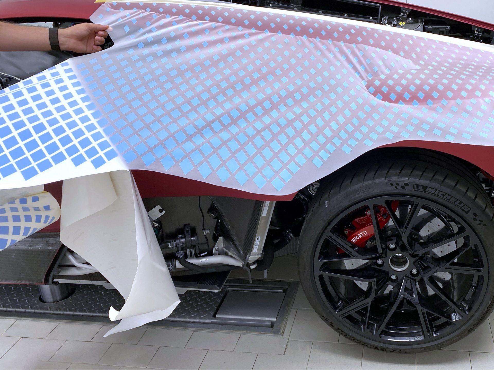 Bugatti_Divo_Lady_Bug-0015