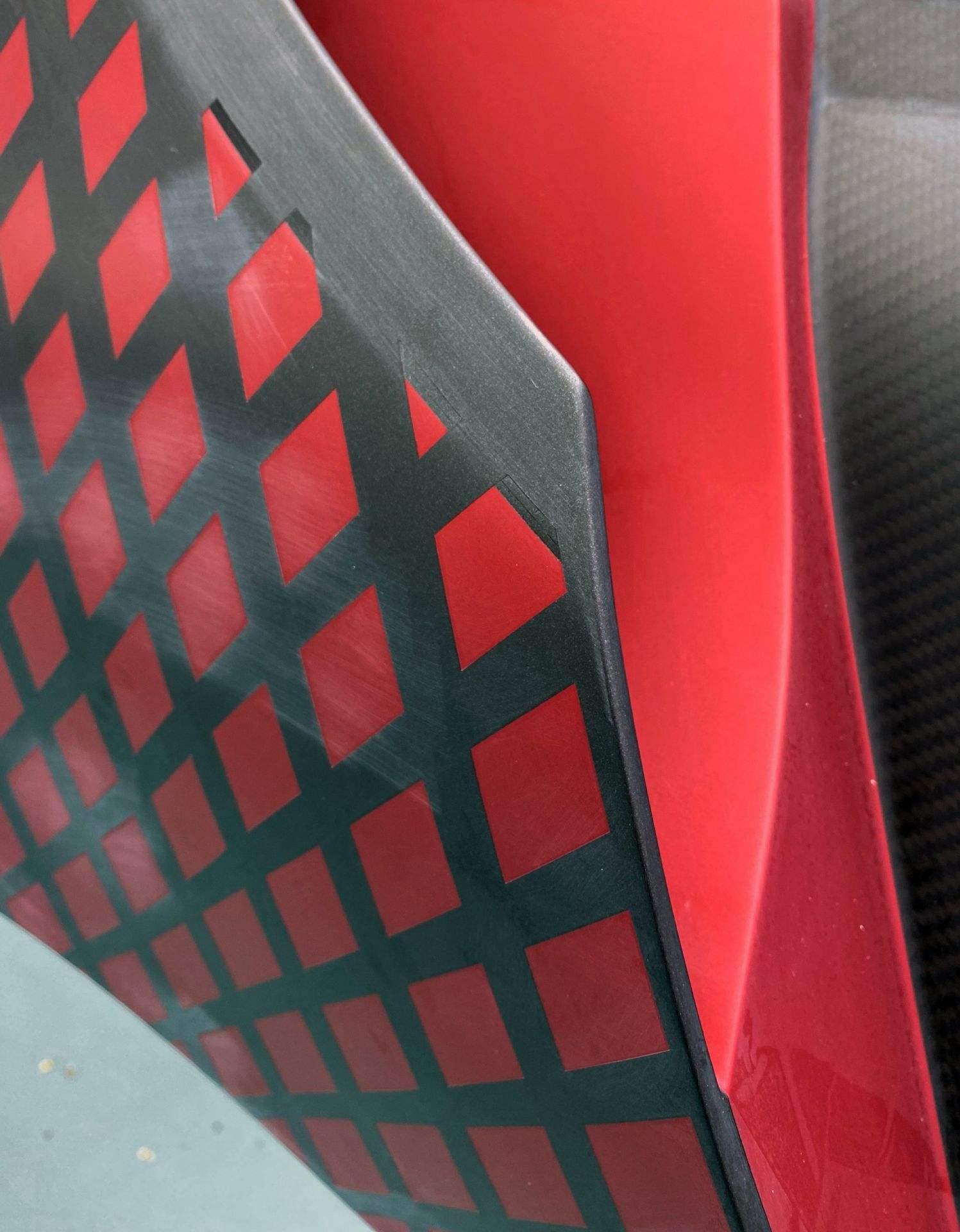 Bugatti_Divo_Lady_Bug-0032