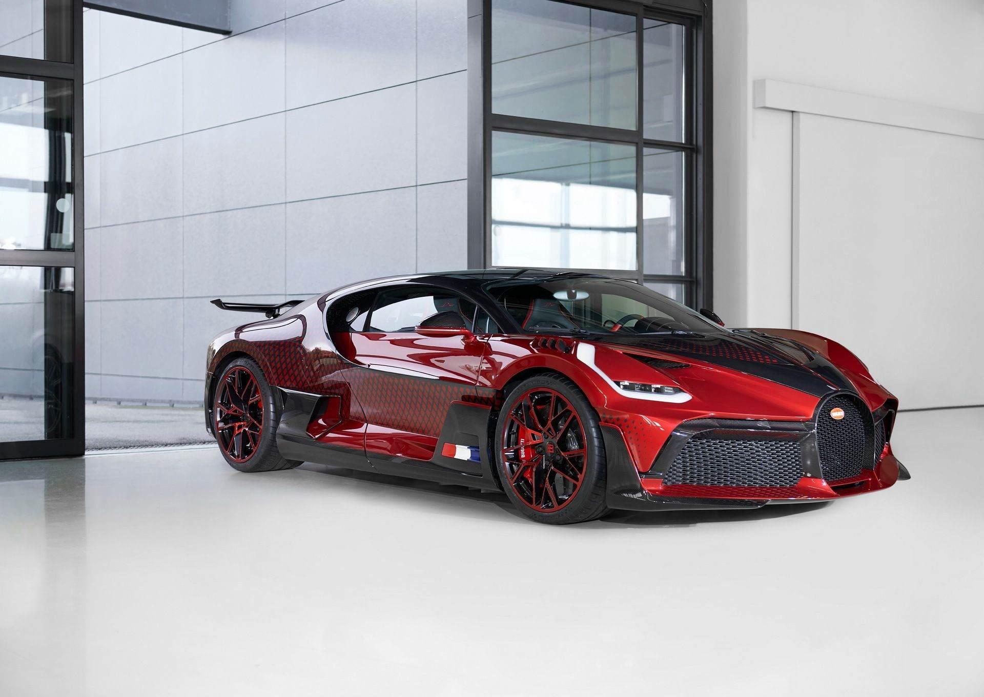 Bugatti_Divo_Lady_Bug-0047