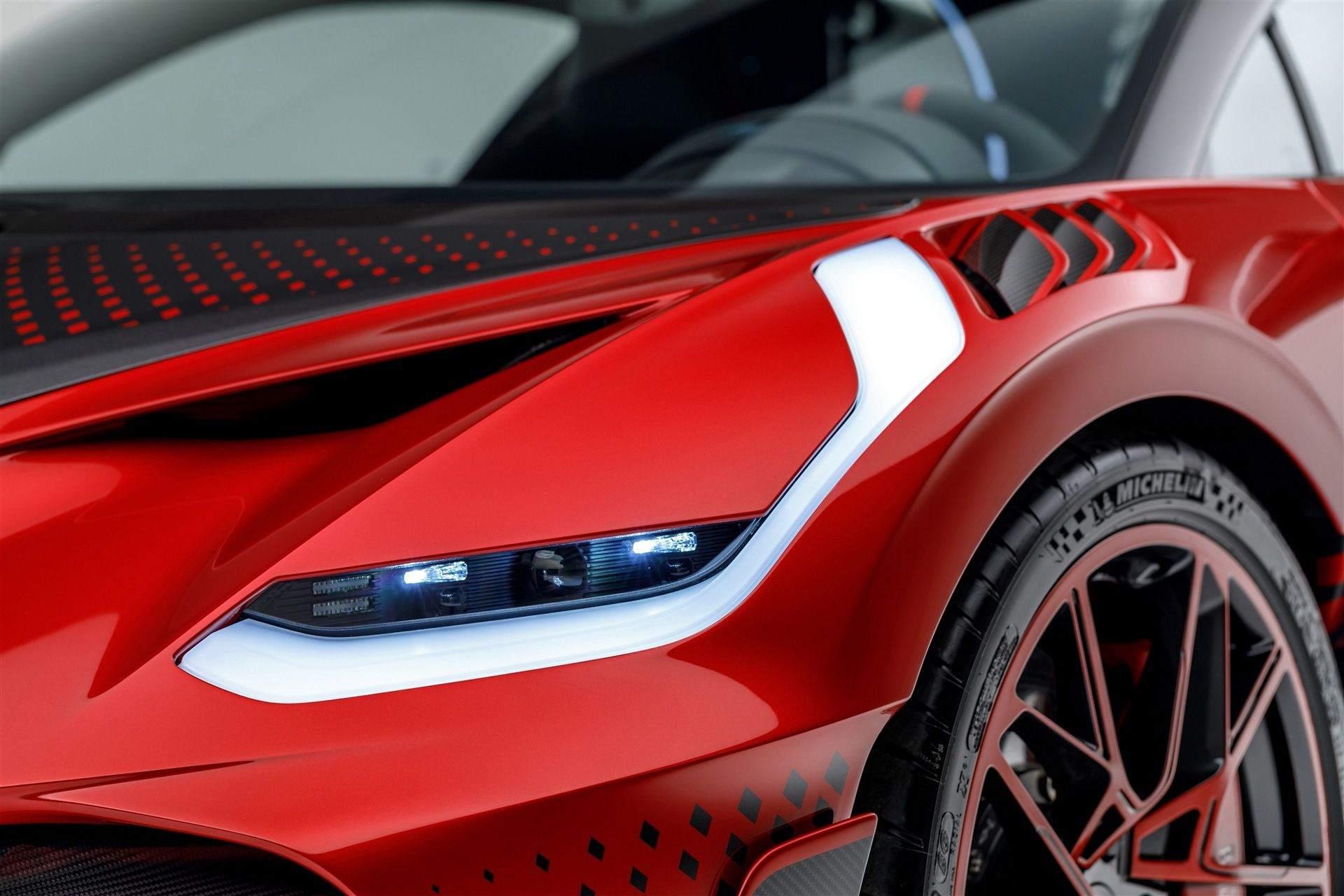 Bugatti_Divo_Lady_Bug-0062