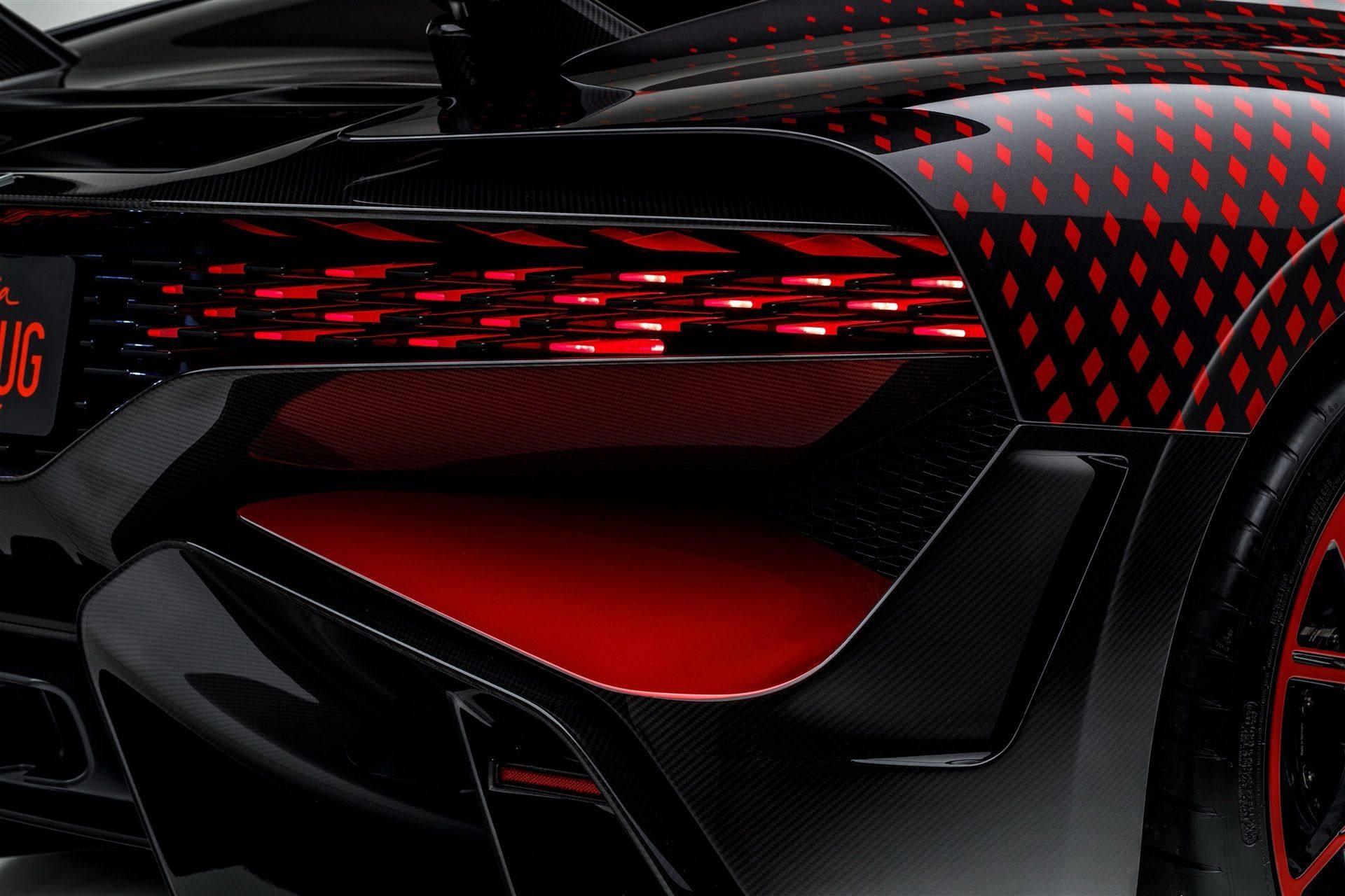 Bugatti_Divo_Lady_Bug-0067