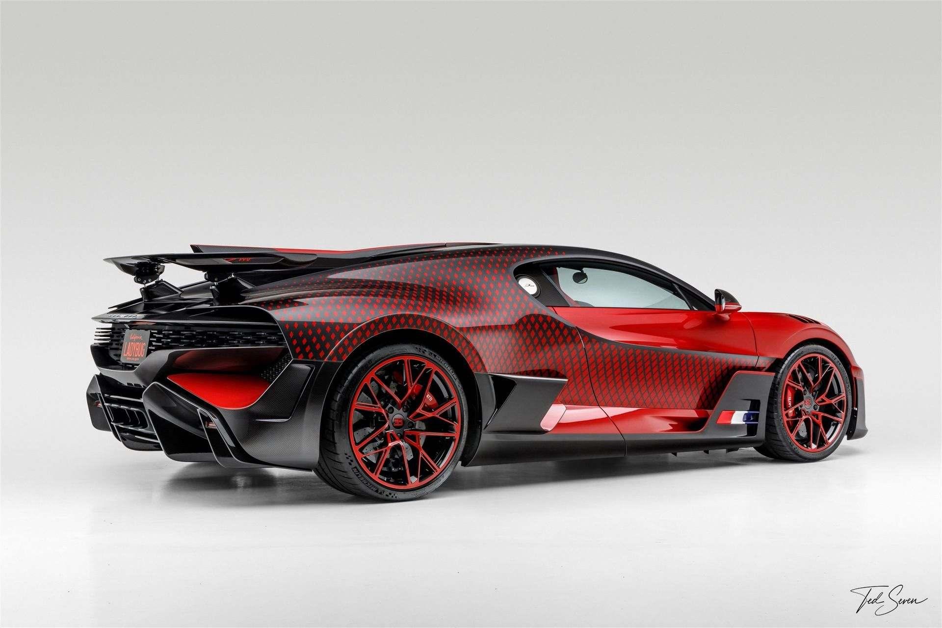 Bugatti_Divo_Lady_Bug-0076