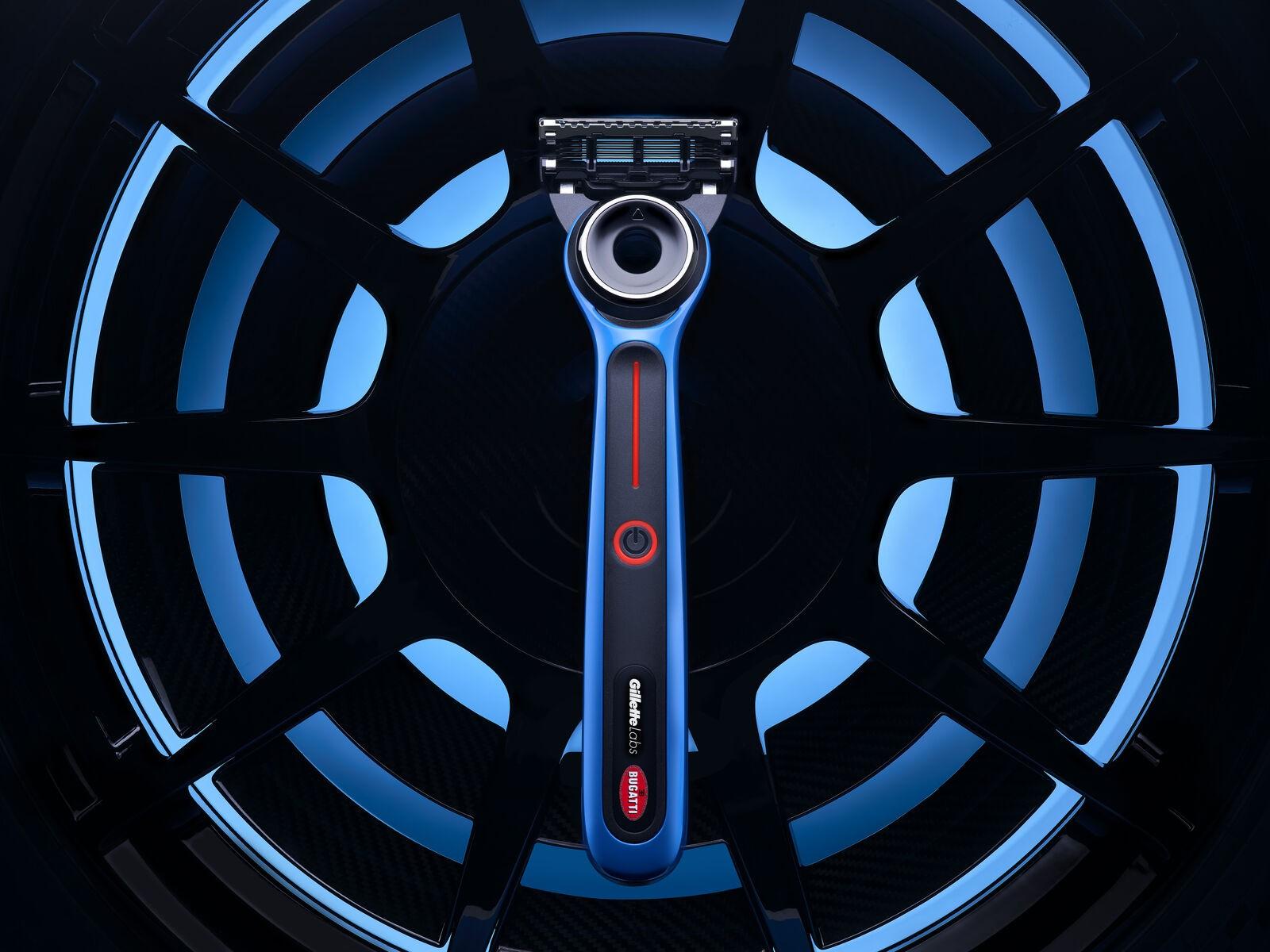 Bugatti-Gillette-Heated-Razor-7