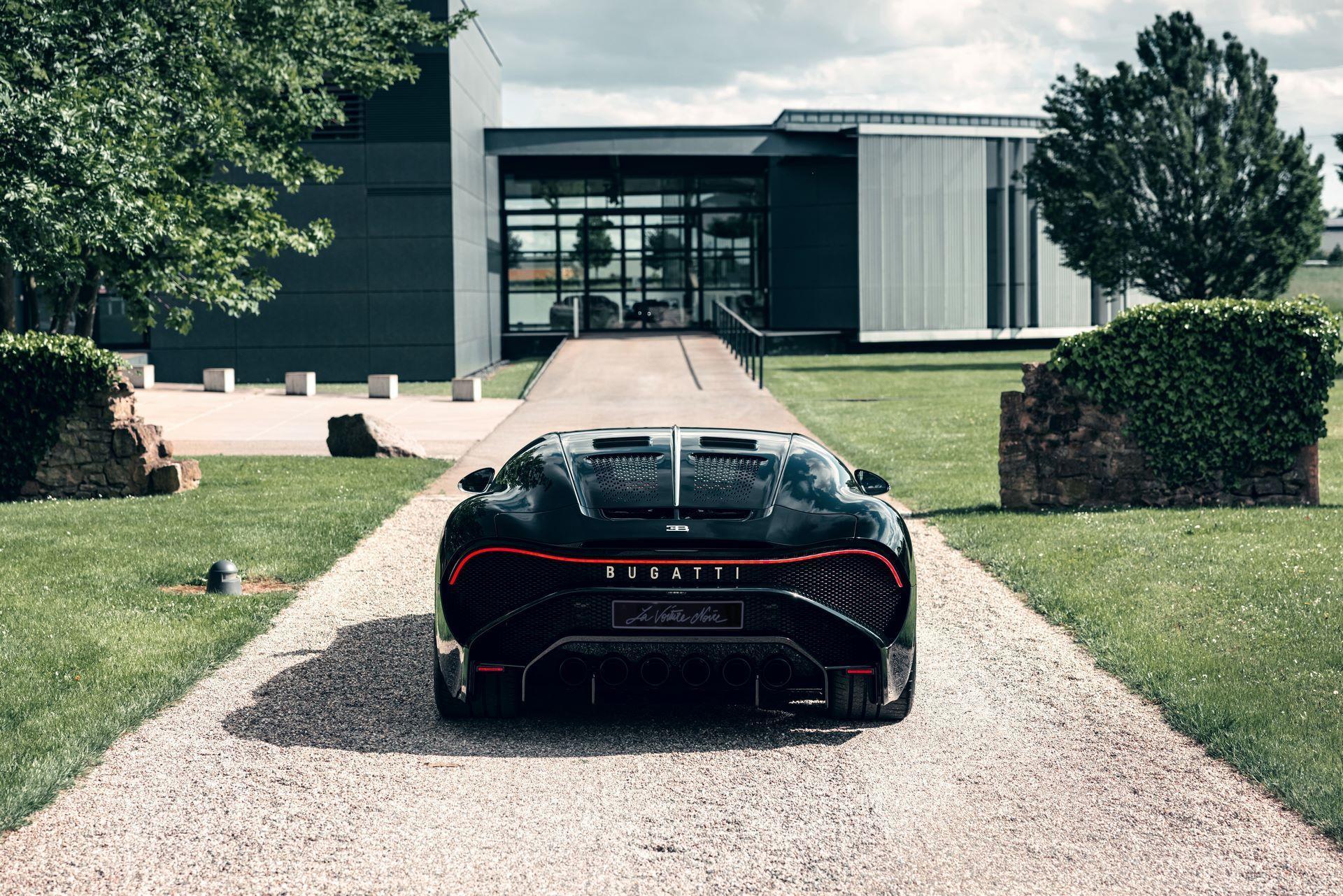 Bugatti-La-Voiture-Noire-10