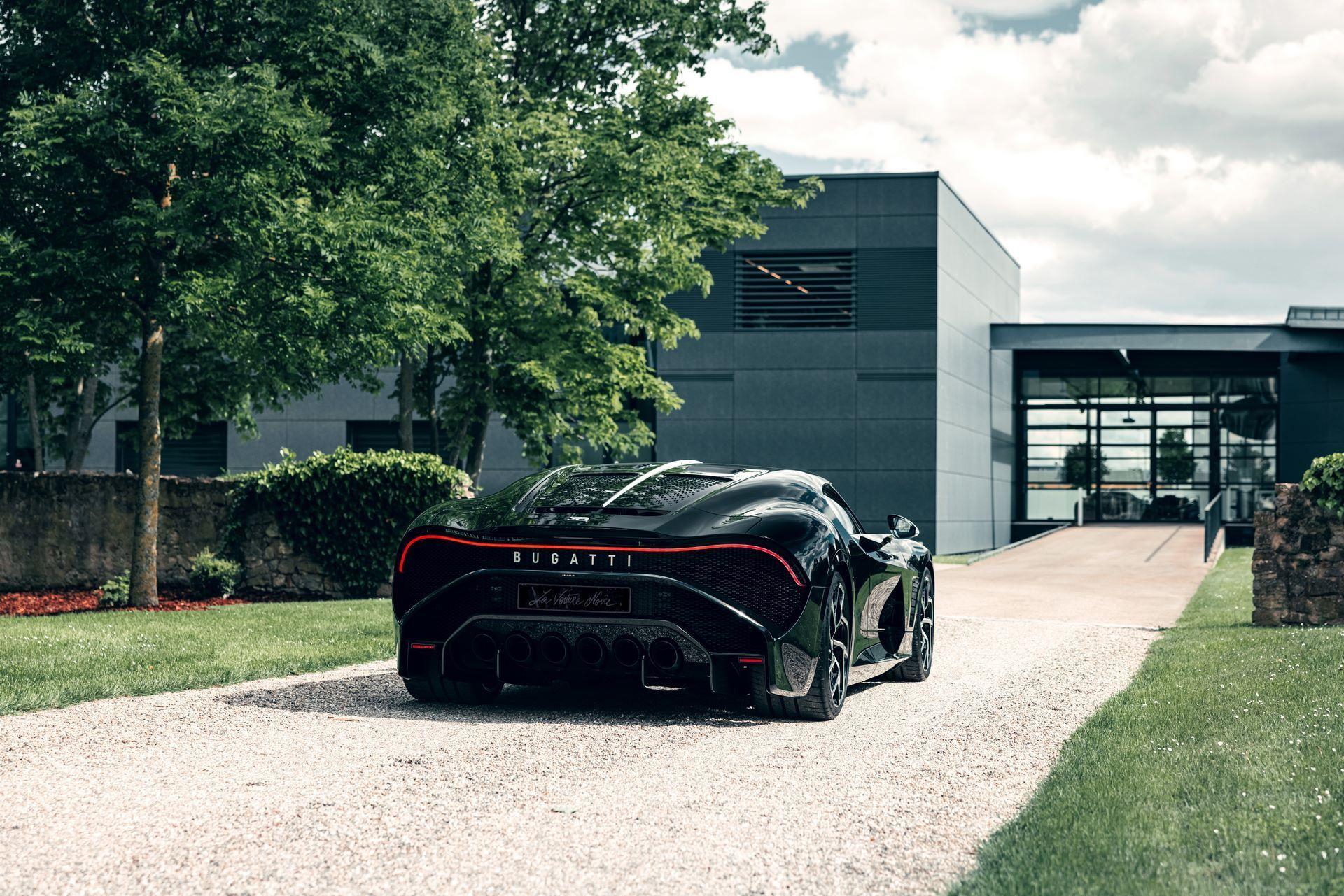 Bugatti-La-Voiture-Noire-11
