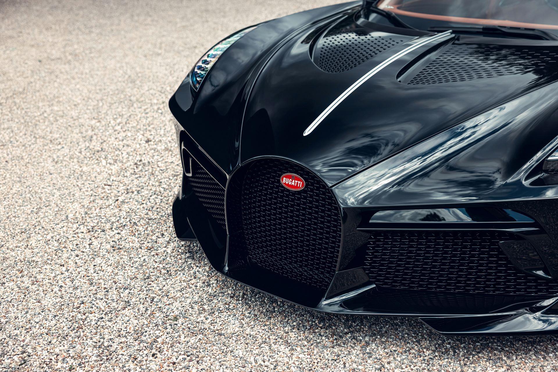Bugatti-La-Voiture-Noire-14