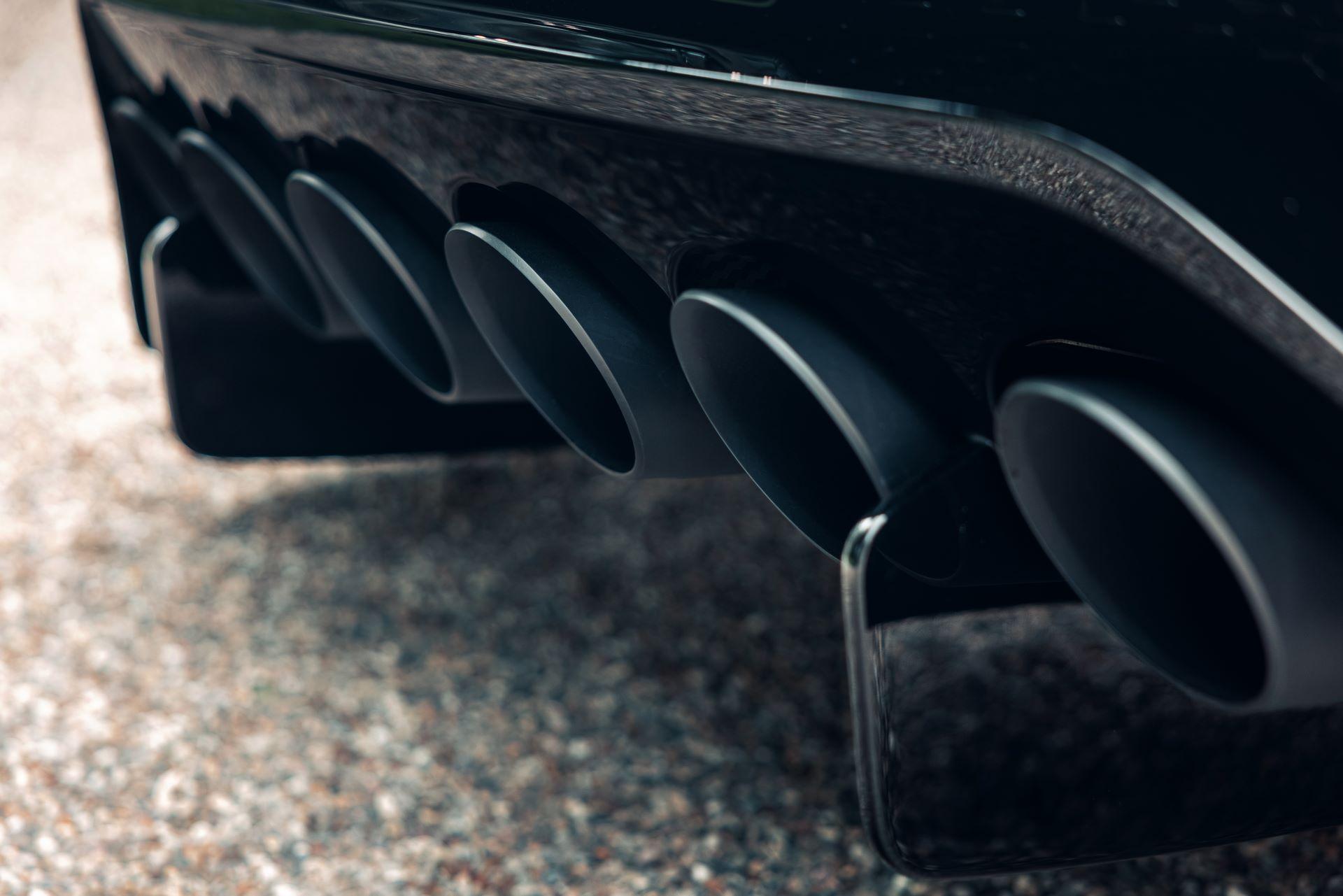 Bugatti-La-Voiture-Noire-21