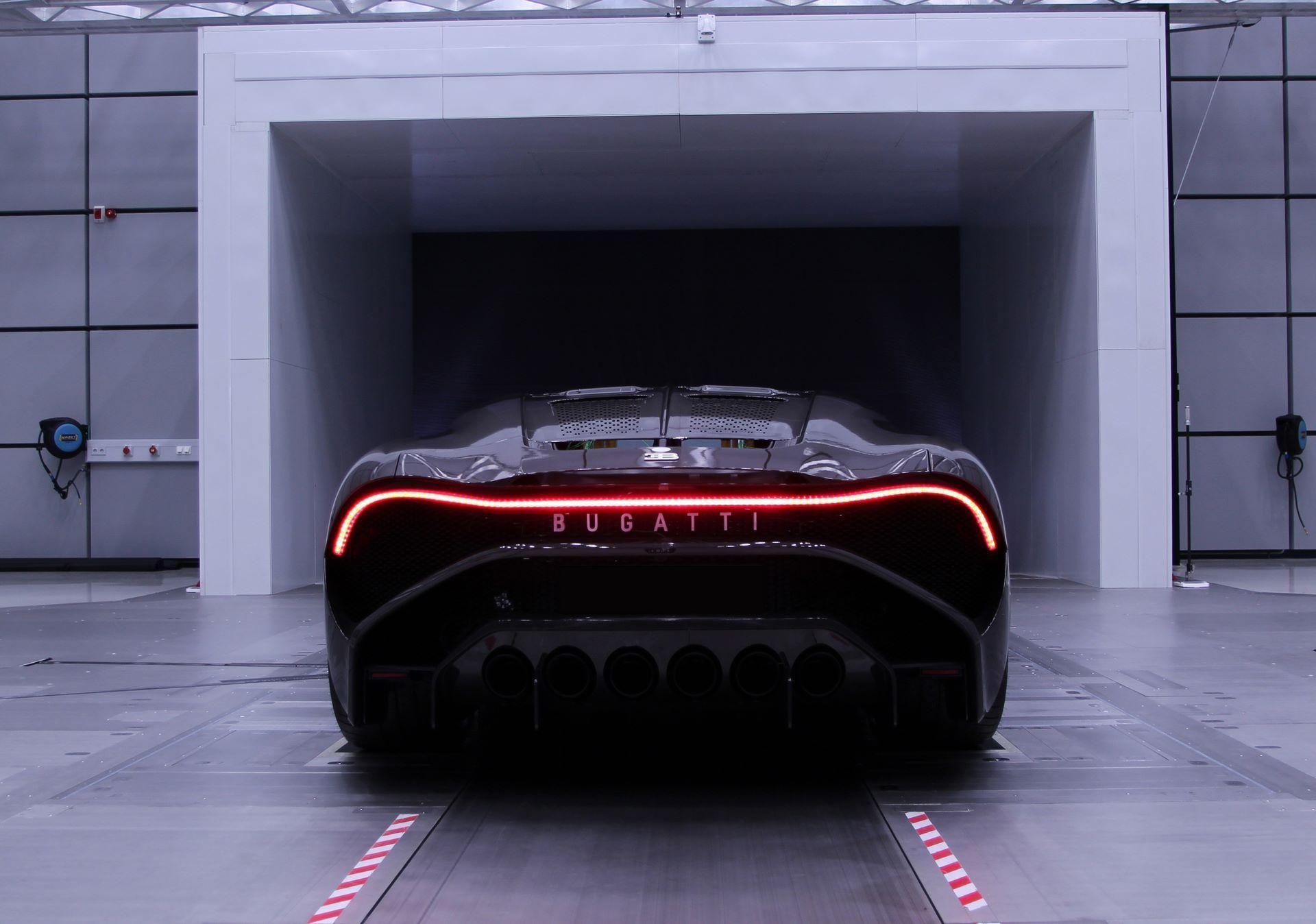 Bugatti-La-Voiture-Noire-26