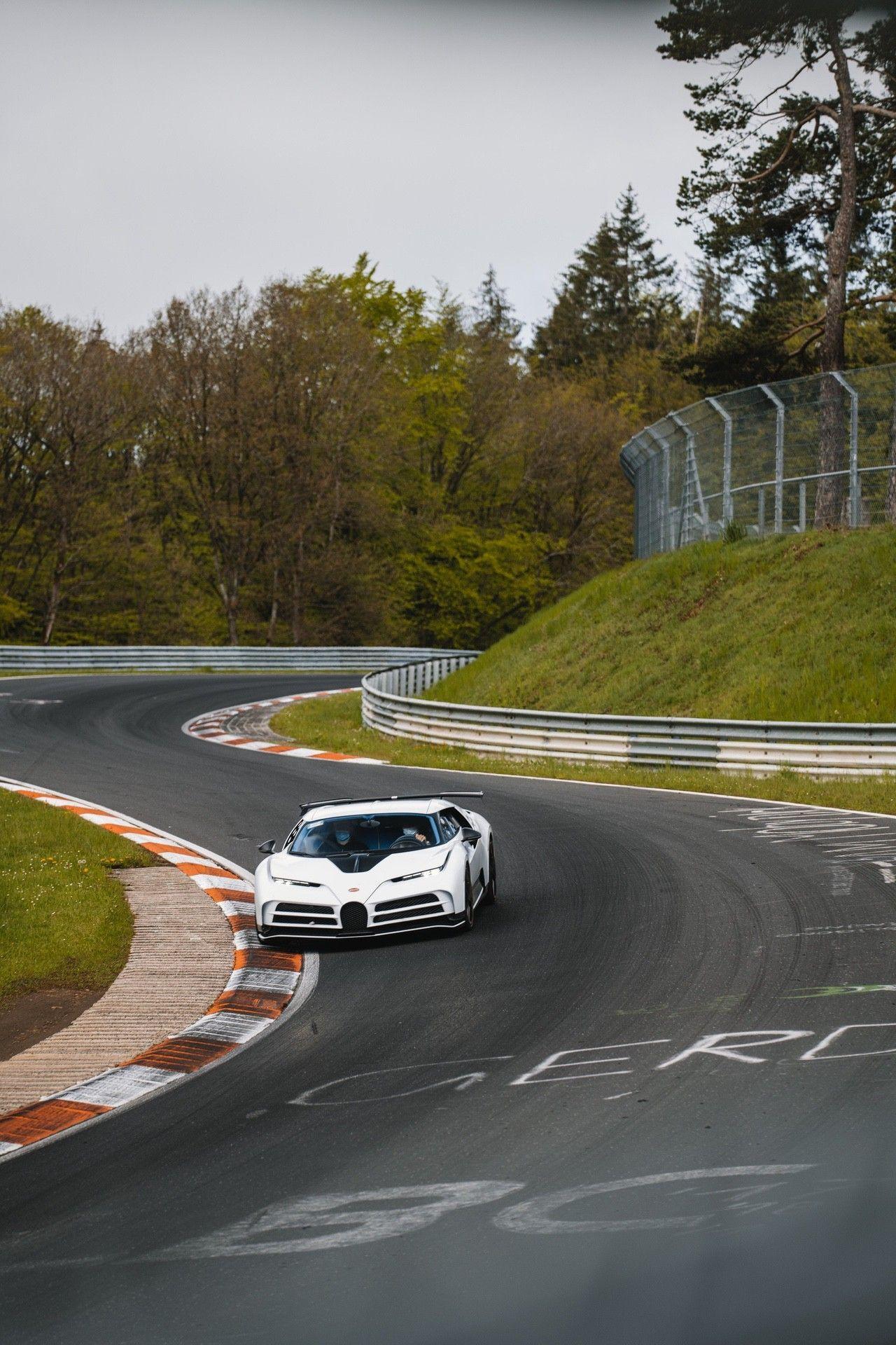 15_bugatti-lineup_nbr_centodieci