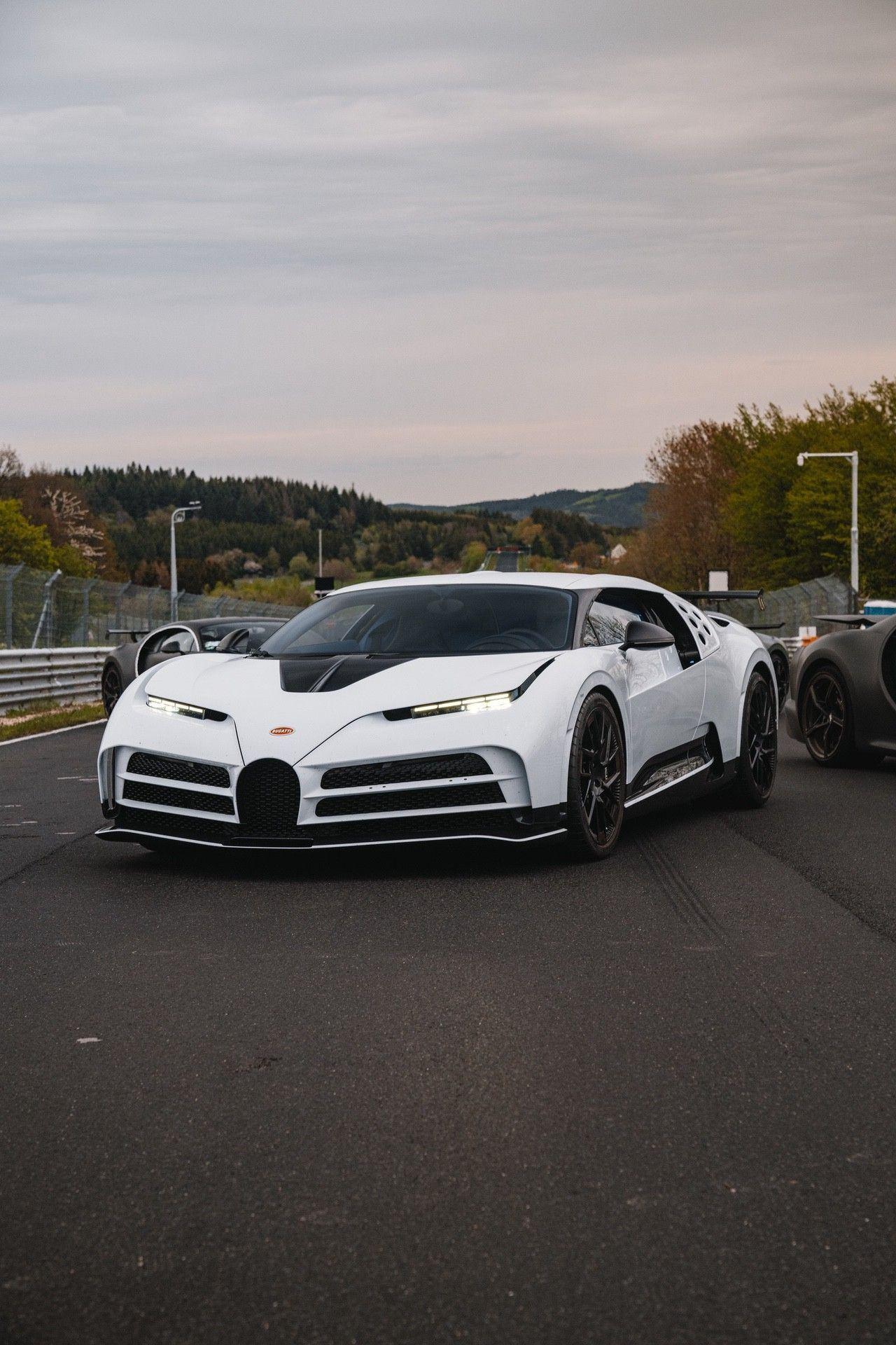 17_bugatti-lineup_nbr_centodieci